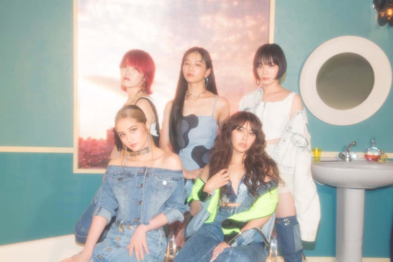 5人組ガールズユニオン・FAKYが夏の終わりに贈るエモチル系ラブソング『ダーリン(Prod. GeG)』と彼女たちの現在地 interview200914_faky_ap-1440x960