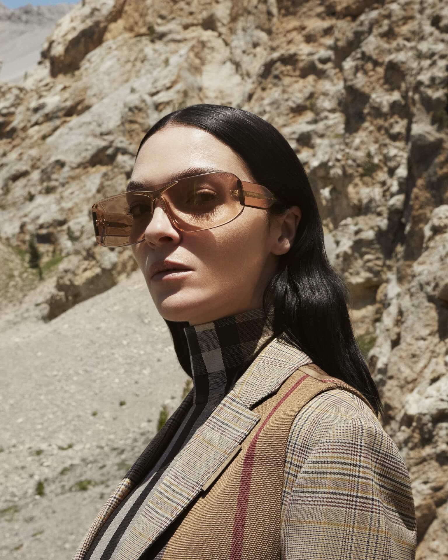 バーバリー2020年秋冬コレクションのキャンペーンが公開!マリアカルラ・ボスコーノやモナ・トゥガードらを起用 fashion2020924-Burberry6