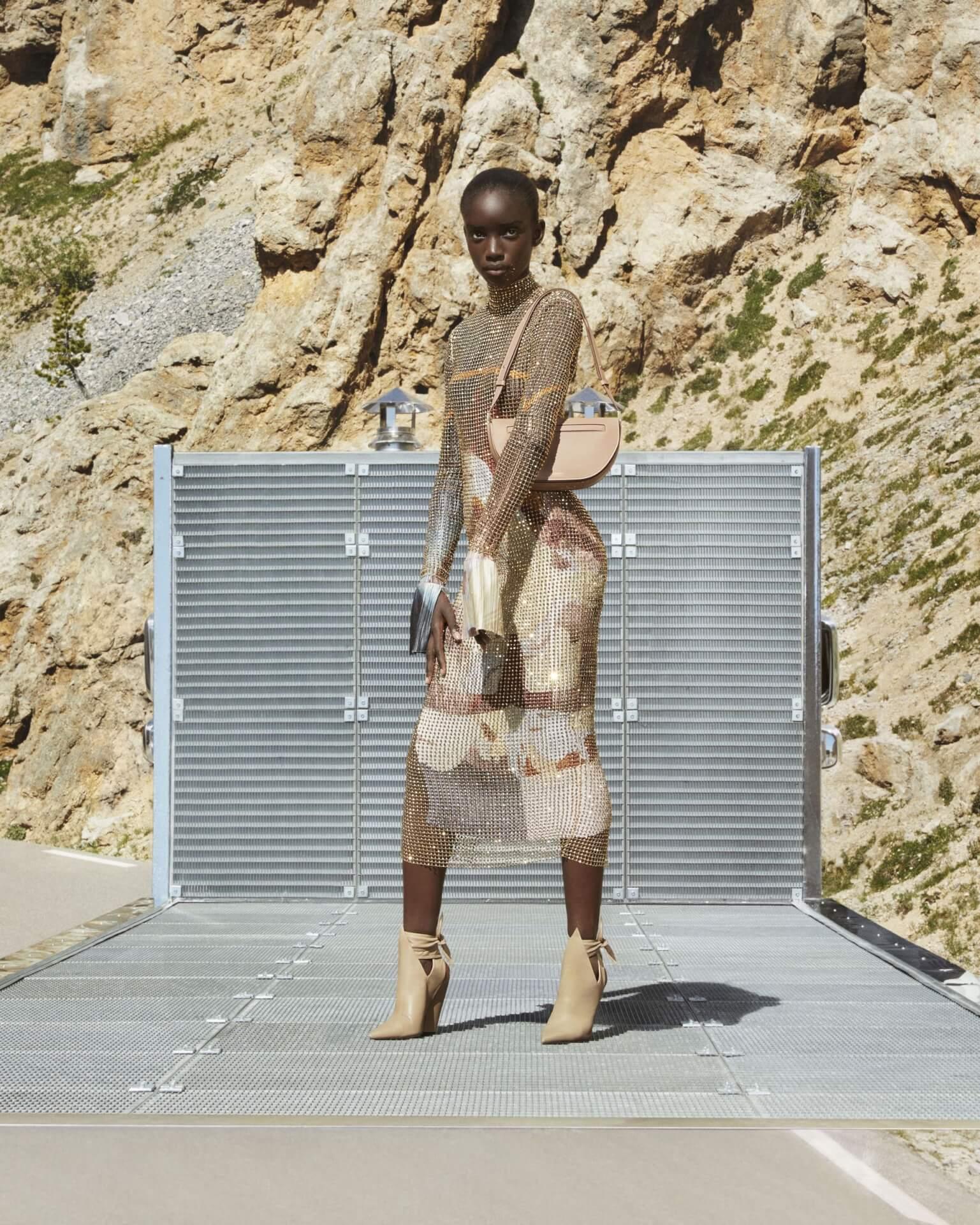 バーバリー2020年秋冬コレクションのキャンペーンが公開!マリアカルラ・ボスコーノやモナ・トゥガードらを起用 fashion2020924-Burberry9