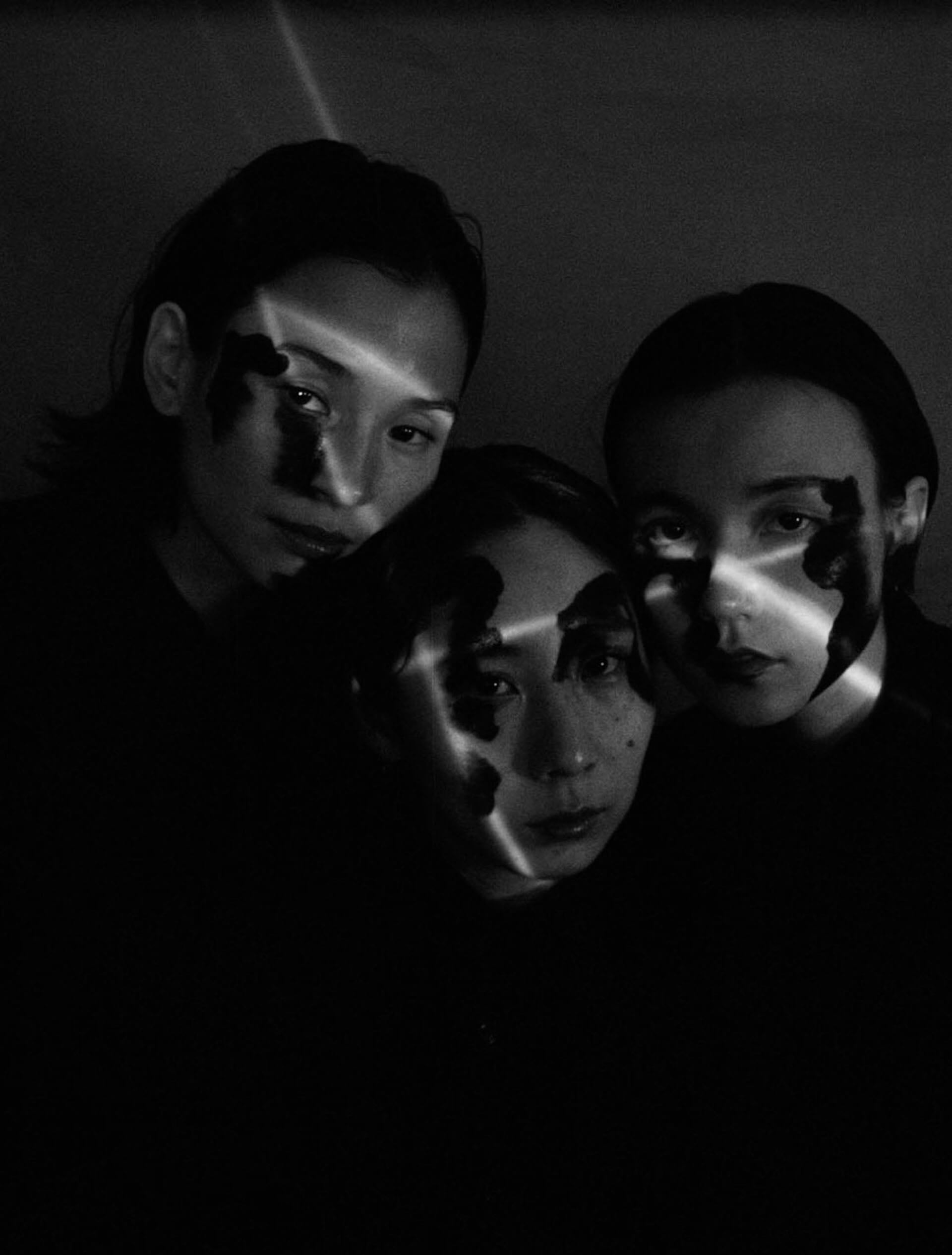 "Black Boboi初のアルバム『SILK』がリリース決定!収録曲""gd612""と""Postwar""が先行配信スタート music201028_black-boboi_2-1920x2530"