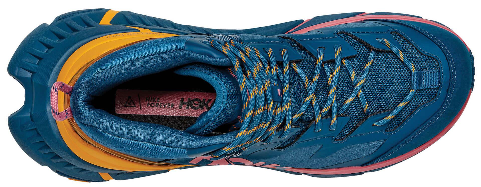 HOKA ONE ONEが防水ハイキングブーツ『TenNine Hike GTX』を発表!リサイクル繊維素材を使用&「GORE-TEX」も搭載 lf201029_hokaoneone_2-1920x747