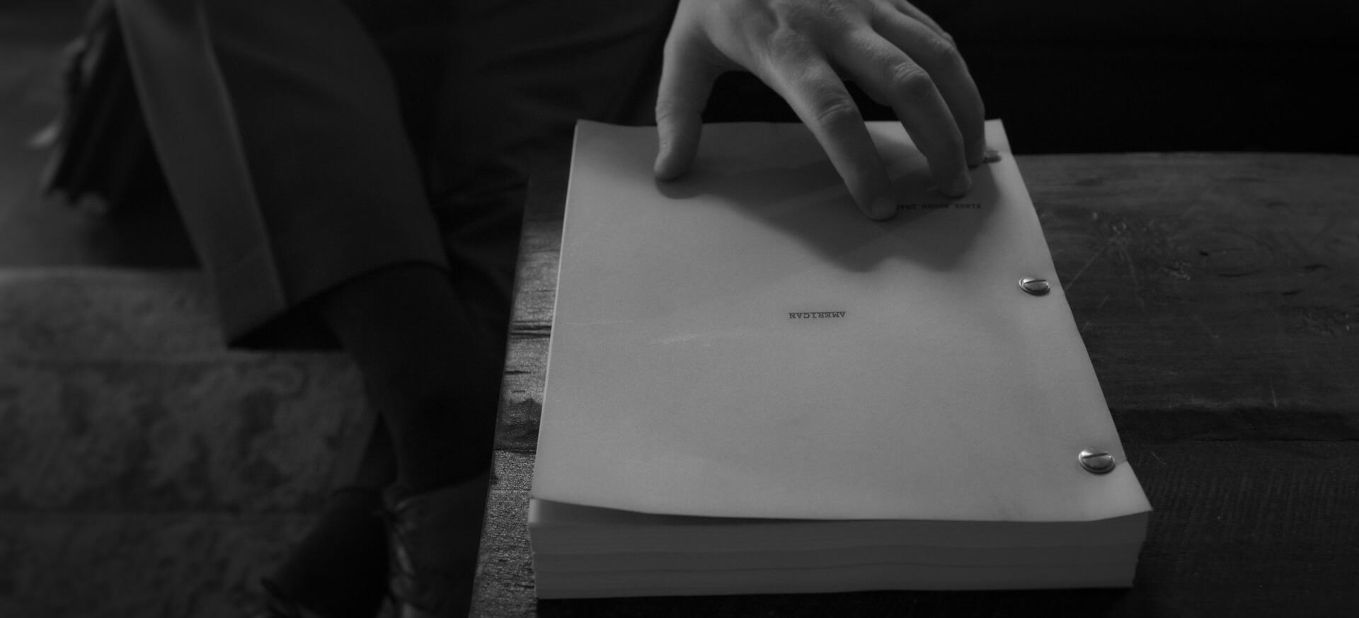 デヴィッド・フィンチャー×ゲイリー・オールドマンで注目のNetflix『Mank/マンク』が全国各地の映画館で上映決定!モノクロで統一された場面写真も解禁 film201104_mank_1