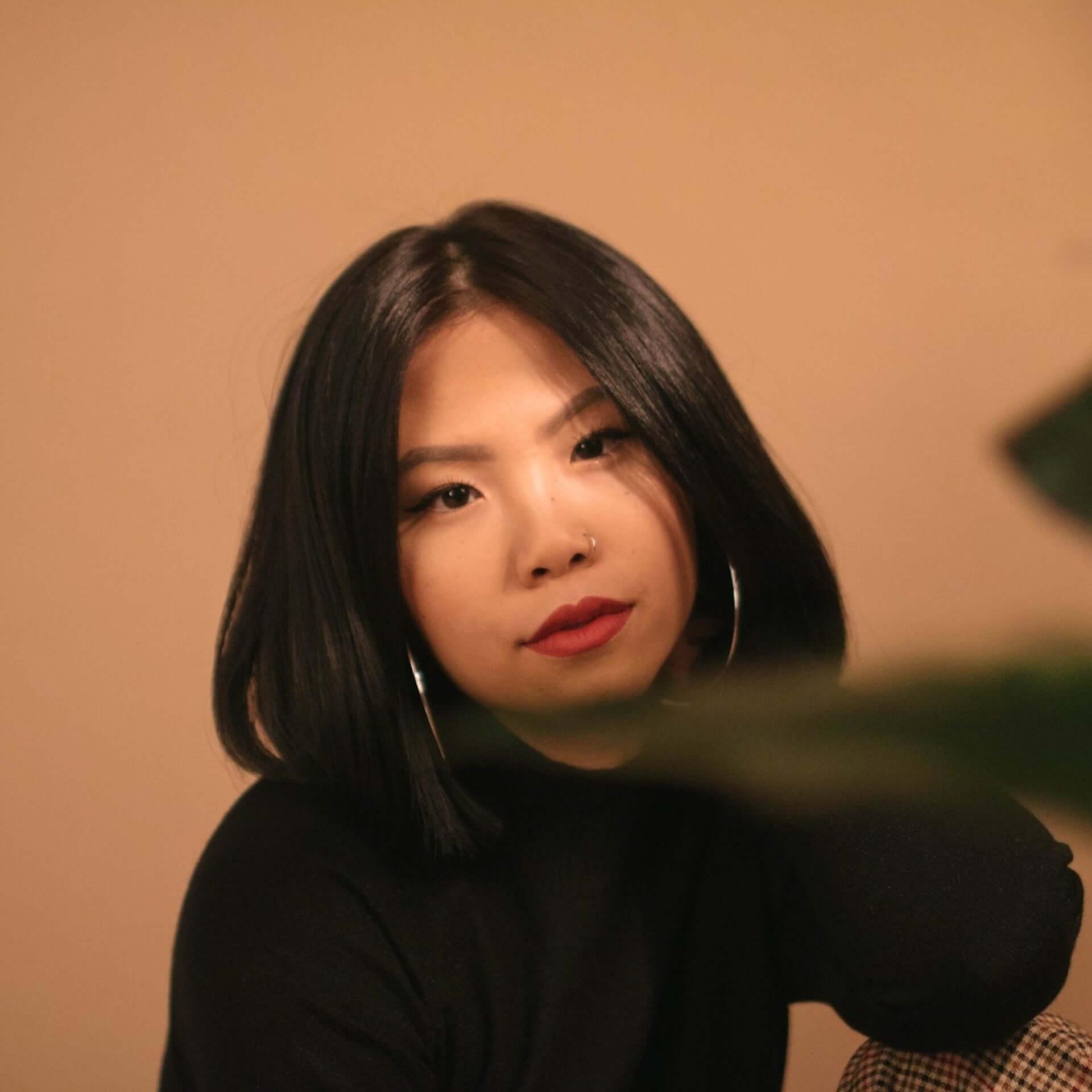 """illmoreがシンガポールのSSW、Joie Tanを迎えた新曲""""Displaced""""をリリース!リリックビデオも公開 music201106_illmore_2-1920x1920"""