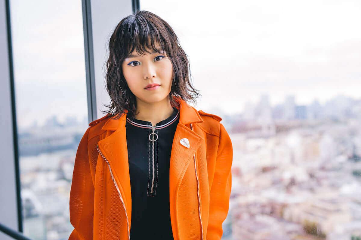 シンガーソングライター・Reiが最新作『REI』のアートワークに込めた意味とは? interview_guitarei_1811_6-1200x800