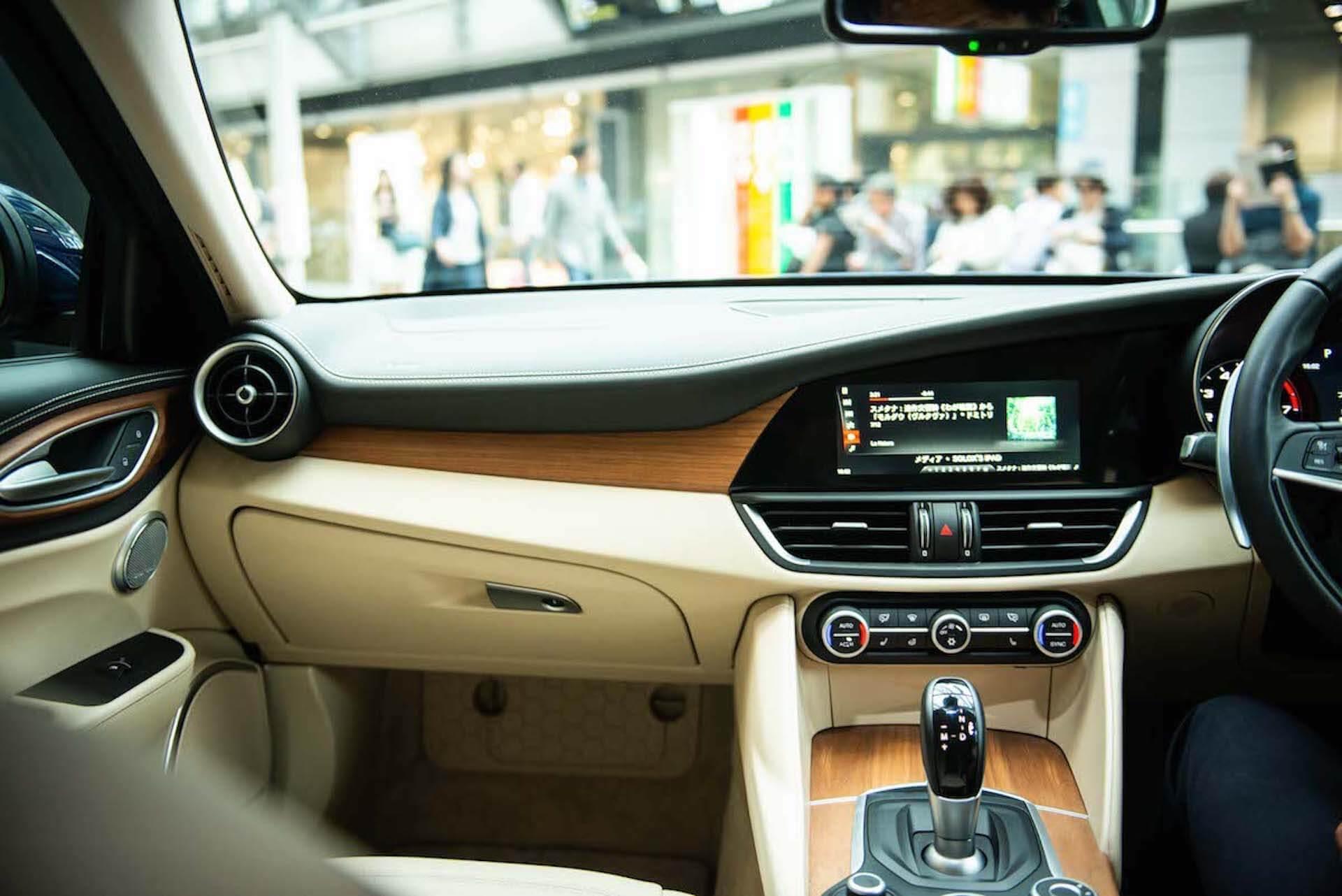 アルファ ロメオなど高級車にも採用。ハーマンカードンのオーディオの歴史と魅力 tech201118_mondoalfa_harmankardon_8