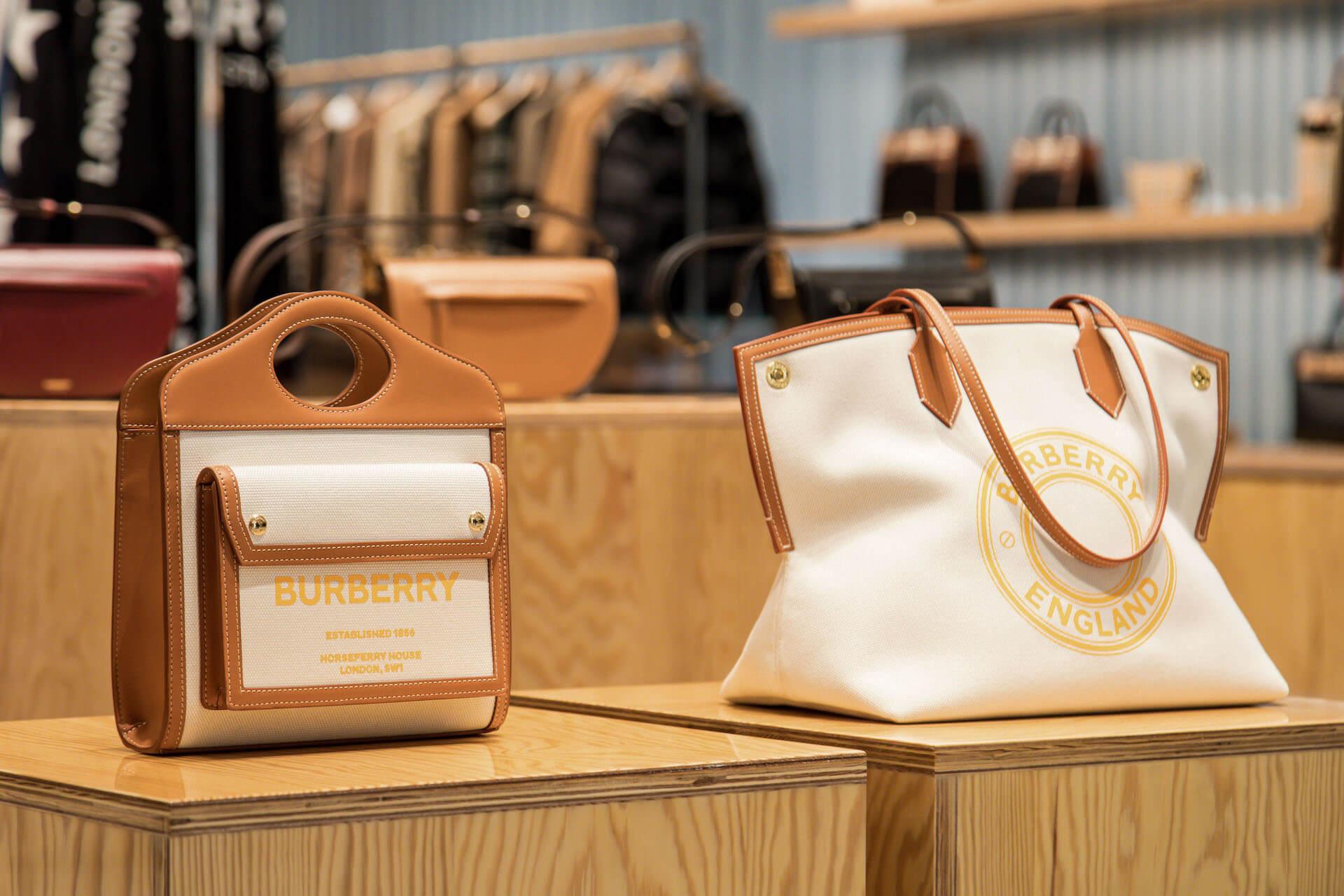 日本初のメンズ&ウィメンズ合同型ストア『バーバリー心斎橋パルコ』が明日オープン!人気キャンバス地バッグの限定カラーも登場 fashion201119_burberry_parco_4
