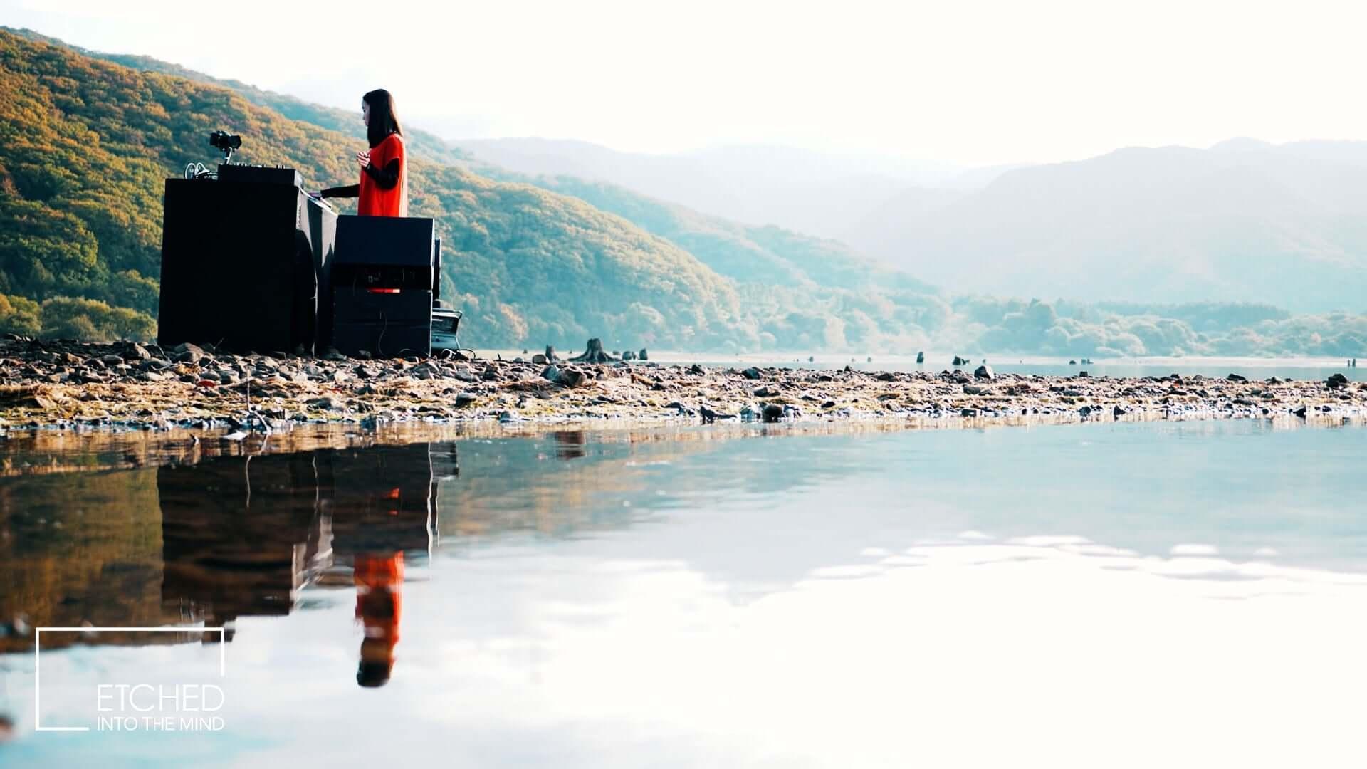日本の風景&音楽を発信するアートプロジェクト「ETCHED」にSakura Tsurutaが登場!4Kのライブ映像が無料公開 music201120_etched_5-1920x1080