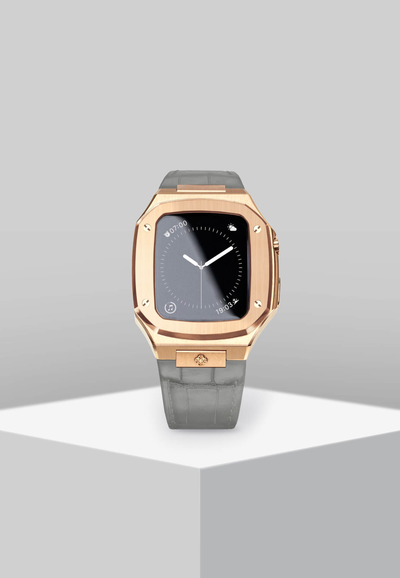 高級感漂うGOLDEN CONCEPTのApple Watchケースに待望の40mm用新コレクションが登場!ホワイト、イエローなどの新カラーがラインナップ tech201124_applewatch_case_9