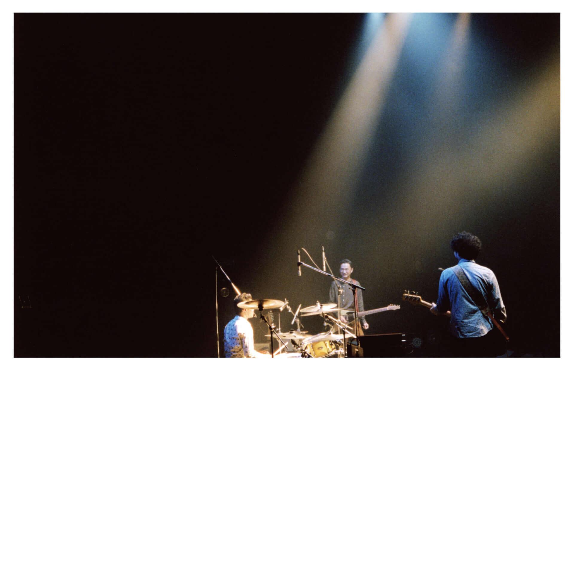 ペトロールズのライブアルバム『SUPER EXCITED(LIVE ALBUM)』がTOWER RECORDSにて一般発売決定!三宅正一による紹介文も到着 music201125_petrolz_2-1920x1920