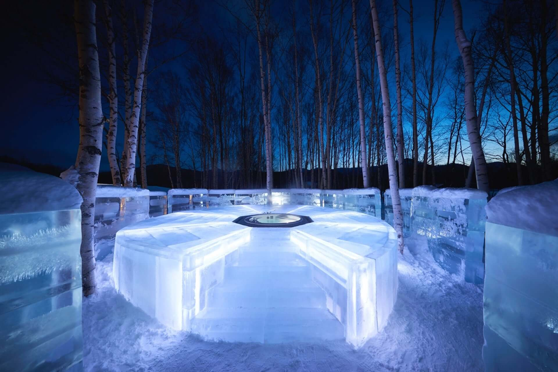 「氷の露天風呂」も堪能できる氷のホテルが北海道最大級のスノーリゾート・星野リゾート トマムに今年も登場! art201202_tomamu_3-1920x1279