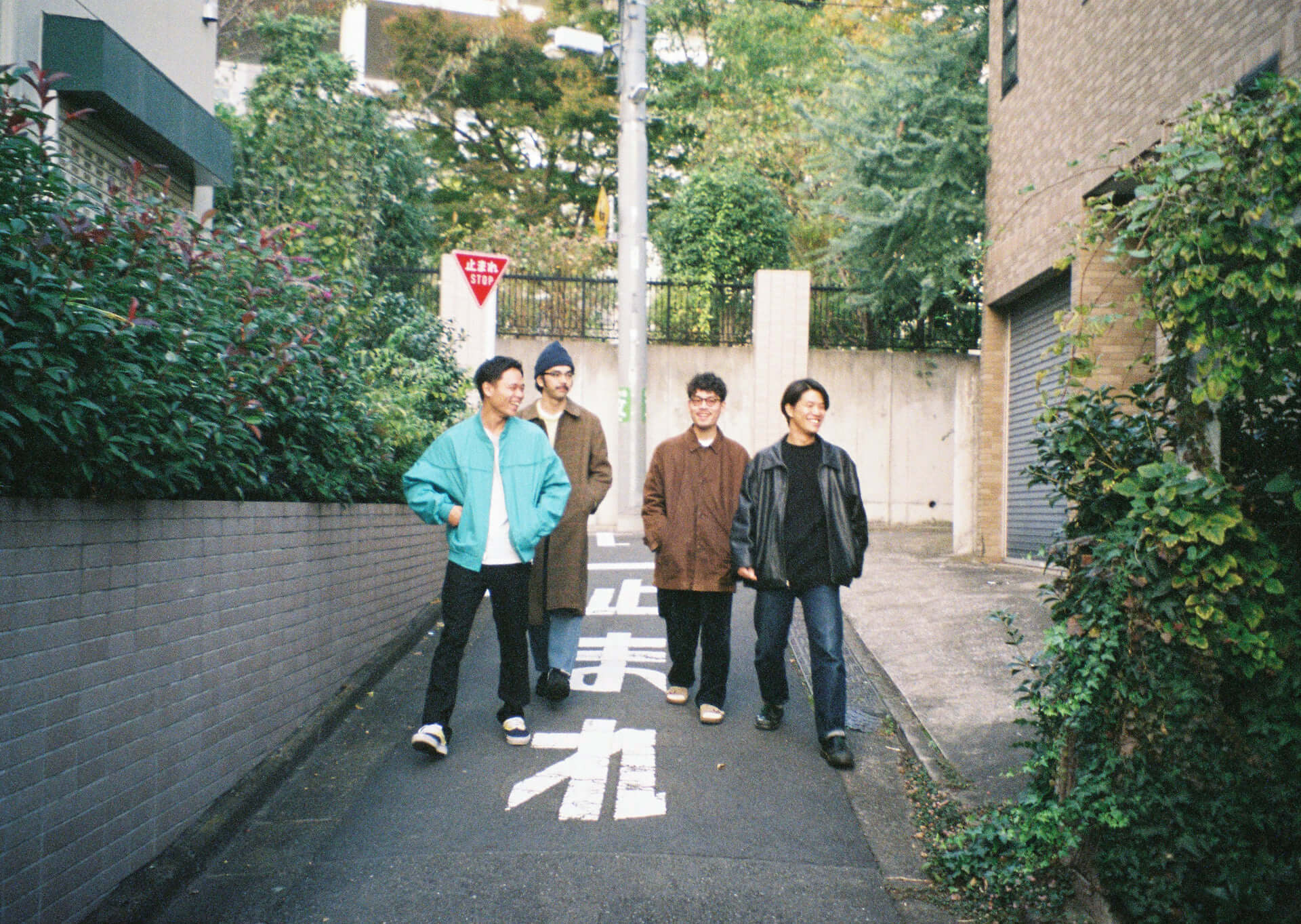 Yogee New Wavesが『to the MOON e.p.』に込めた想いと国境を超えた先にあるもの interview-yogee-53-1920x1363