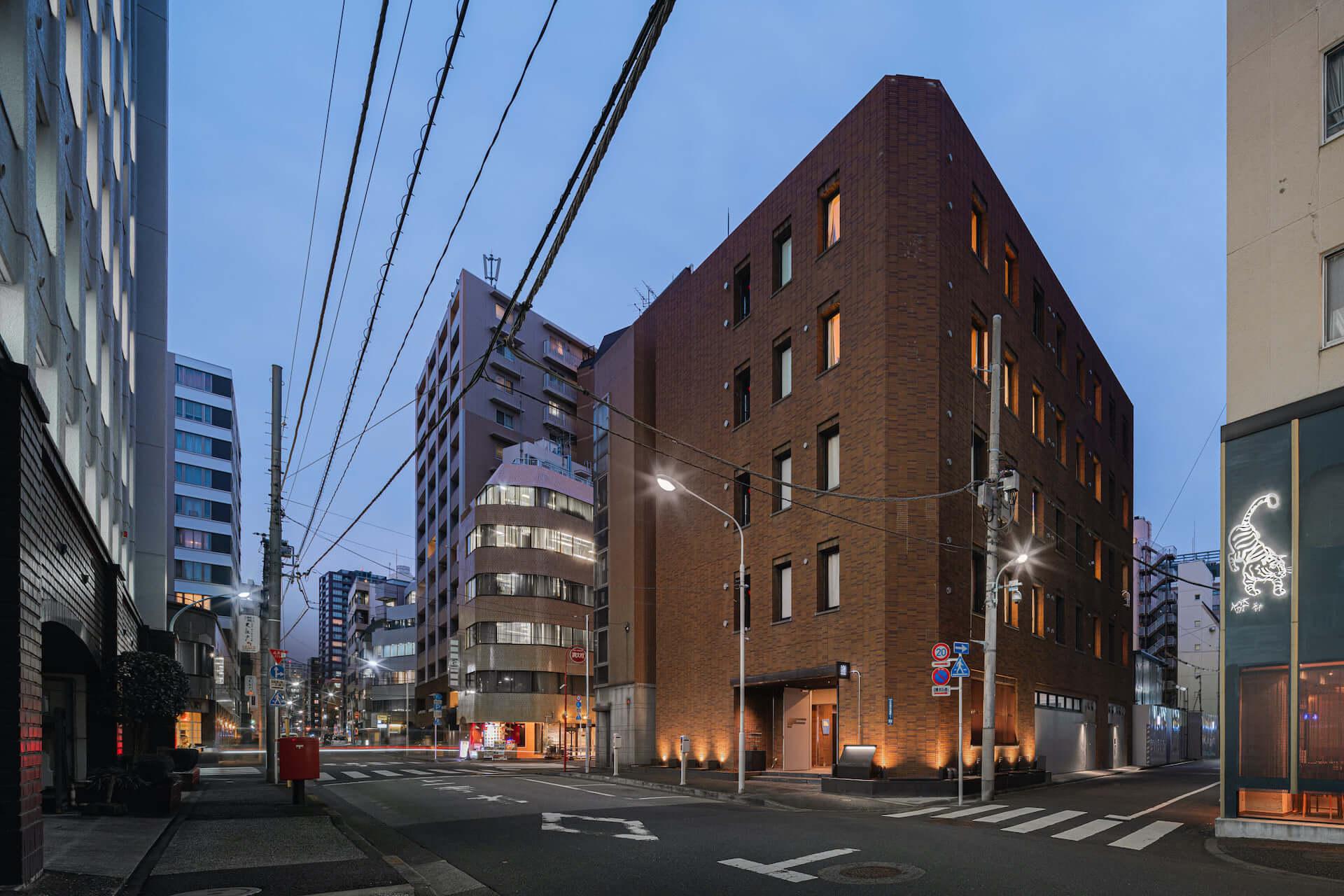 泊まれるアート作品が26部屋も!YOSHIROTTEN、カワムラユキらが参加したオルタナティブホテル「BnA_WALL」が日本橋にプレオープン lf201203_bna-wall_5-1920x1280
