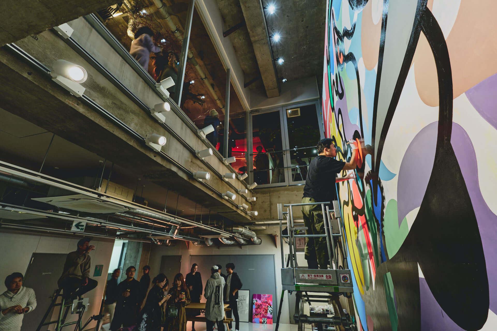 泊まれるアート作品が26部屋も!YOSHIROTTEN、カワムラユキらが参加したオルタナティブホテル「BnA_WALL」が日本橋にプレオープン lf201203_bna-wall_11-1920x1280
