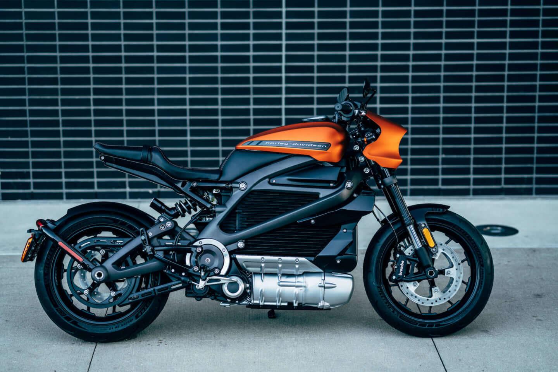 ユアン・マクレガー、チャーリー・ブアマンが駆るハーレー初の電動スポーツバイク「LiveWire®」、道なき道を征く100日間2万キロの旅 art201208_harley-04-1440x961