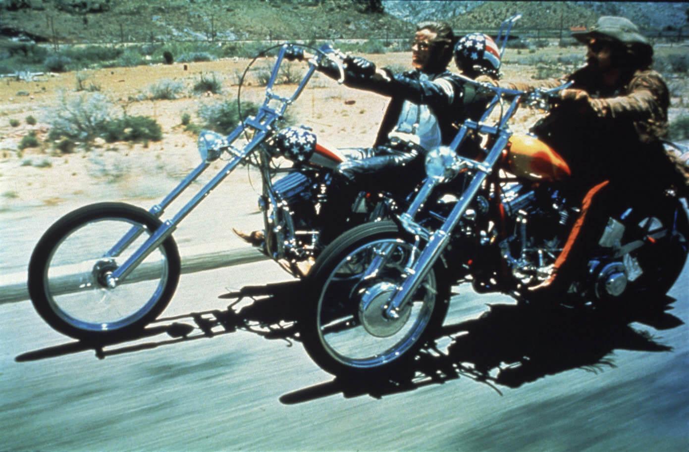 ユアン・マクレガー、チャーリー・ブアマンが駆るハーレー初の電動スポーツバイク「LiveWire®」、道なき道を征く100日間2万キロの旅 art201208_harley-10