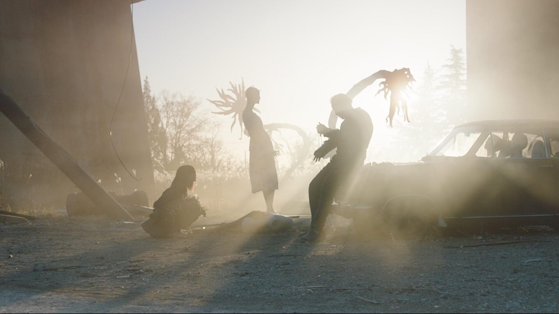 ハリウッドデビューを果たした園子温がニコラス・ケイジとタッグ!『プリズナーズ・オブ・ゴーストランド』公開決定で場面写真4点解禁 film201215_sonoshion_2