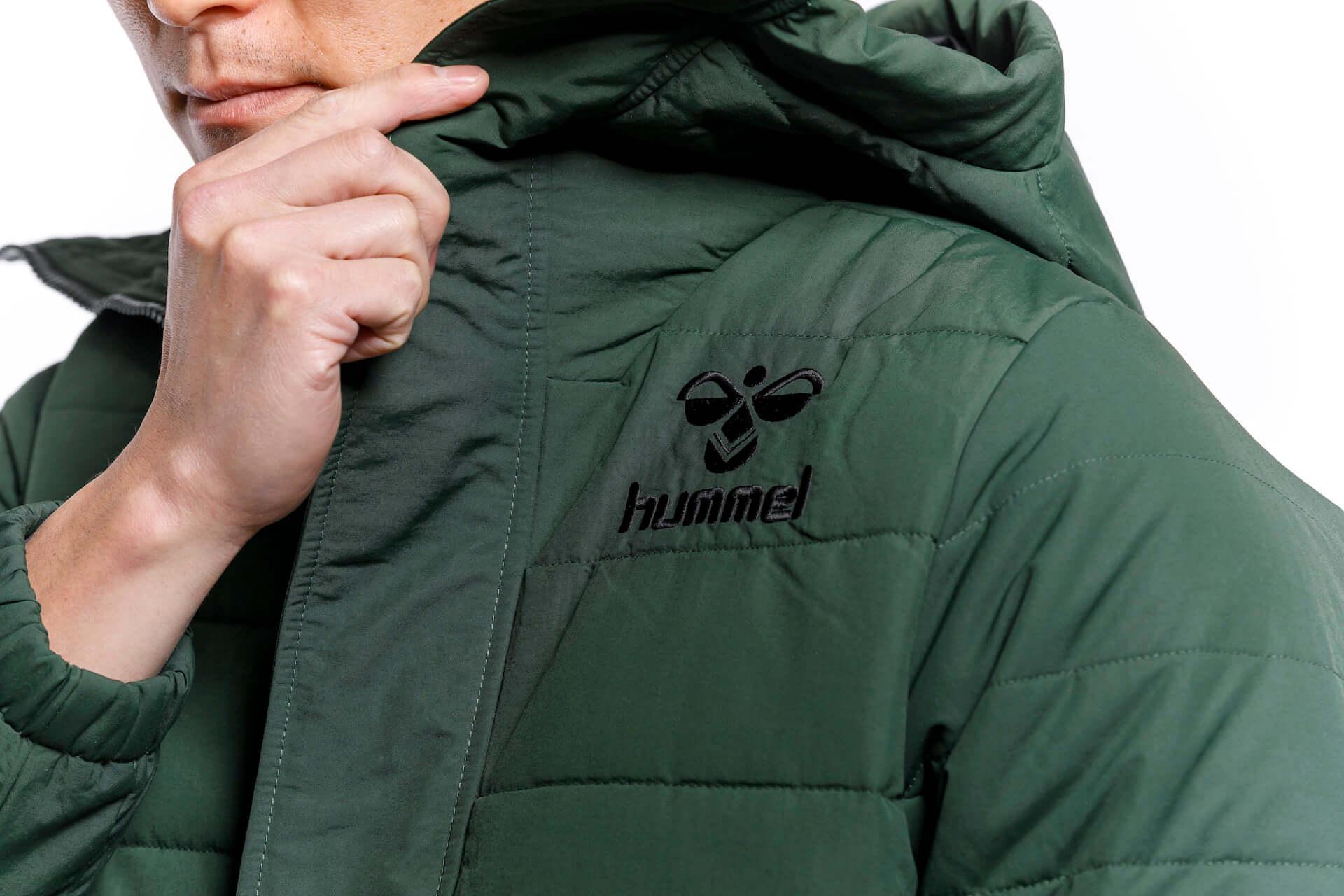 冬のスポーツシーンにもおすすめ!ヒュンメルとサッカーチーム・ツエーゲン金沢によるコラボジャケットが発売 lf201216_hummel_10-1920x1280