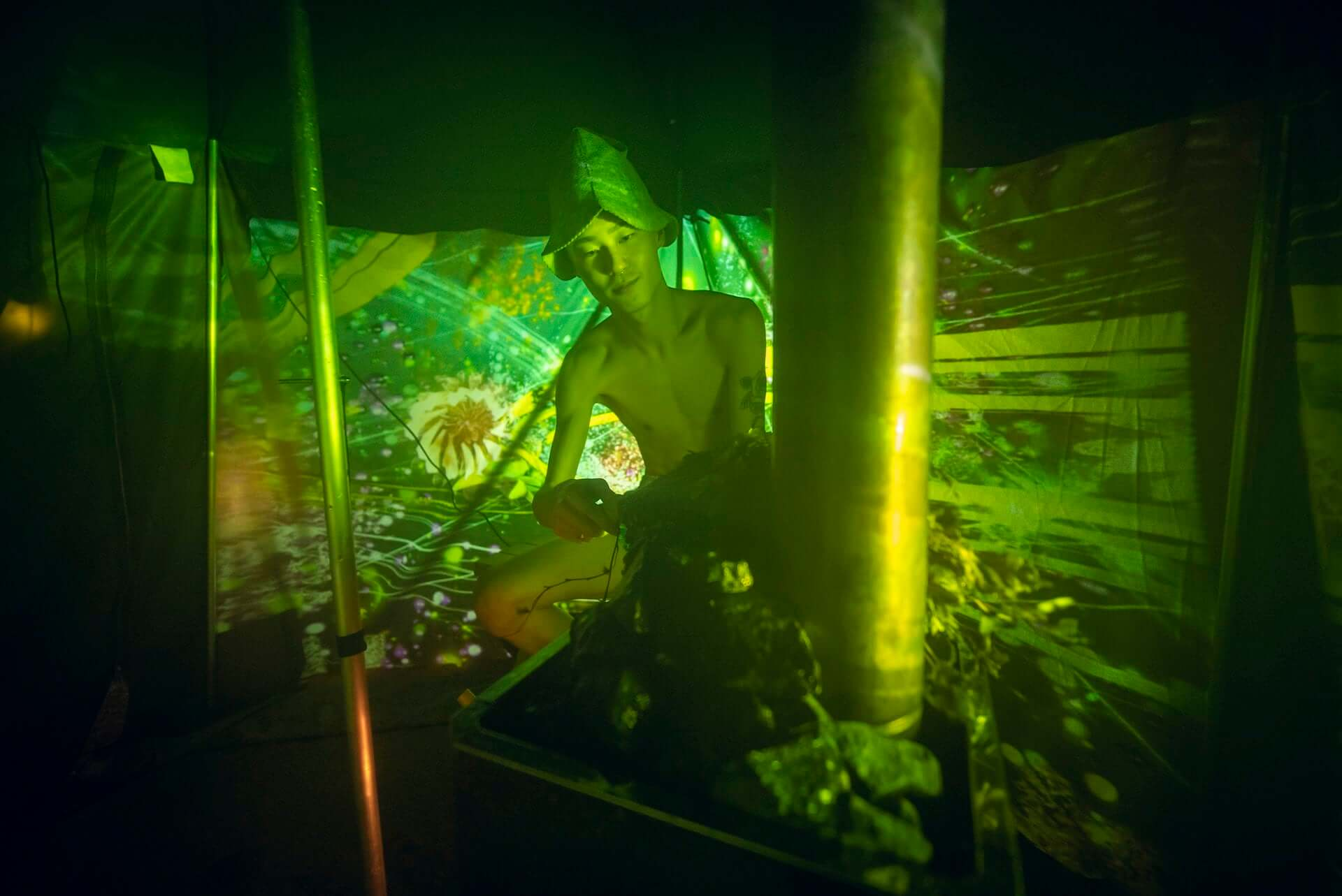 """五感で""""ととのう""""アートサウナ体験を!デートにもおすすめなテントサウナイベントが東京・有明にて開催中 lf201218_naked-sauna_7-1920x1283"""