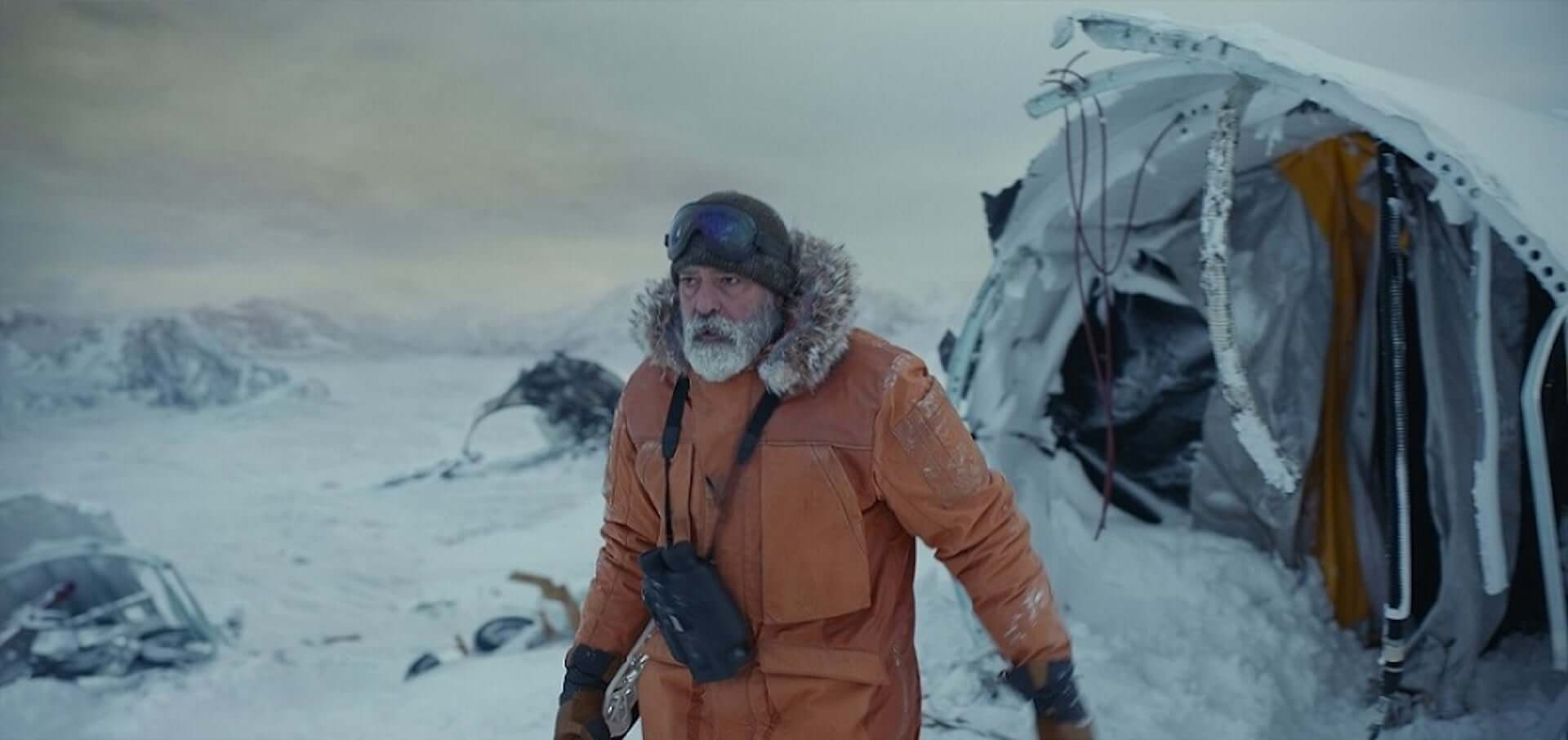 ジョージ・クルーニーが「危険な撮影だった」と語る氷上でのスタントとは…Netflix映画『ミッドナイト・スカイ』本編映像が解禁 film201221_midnightsky_1-1920x906
