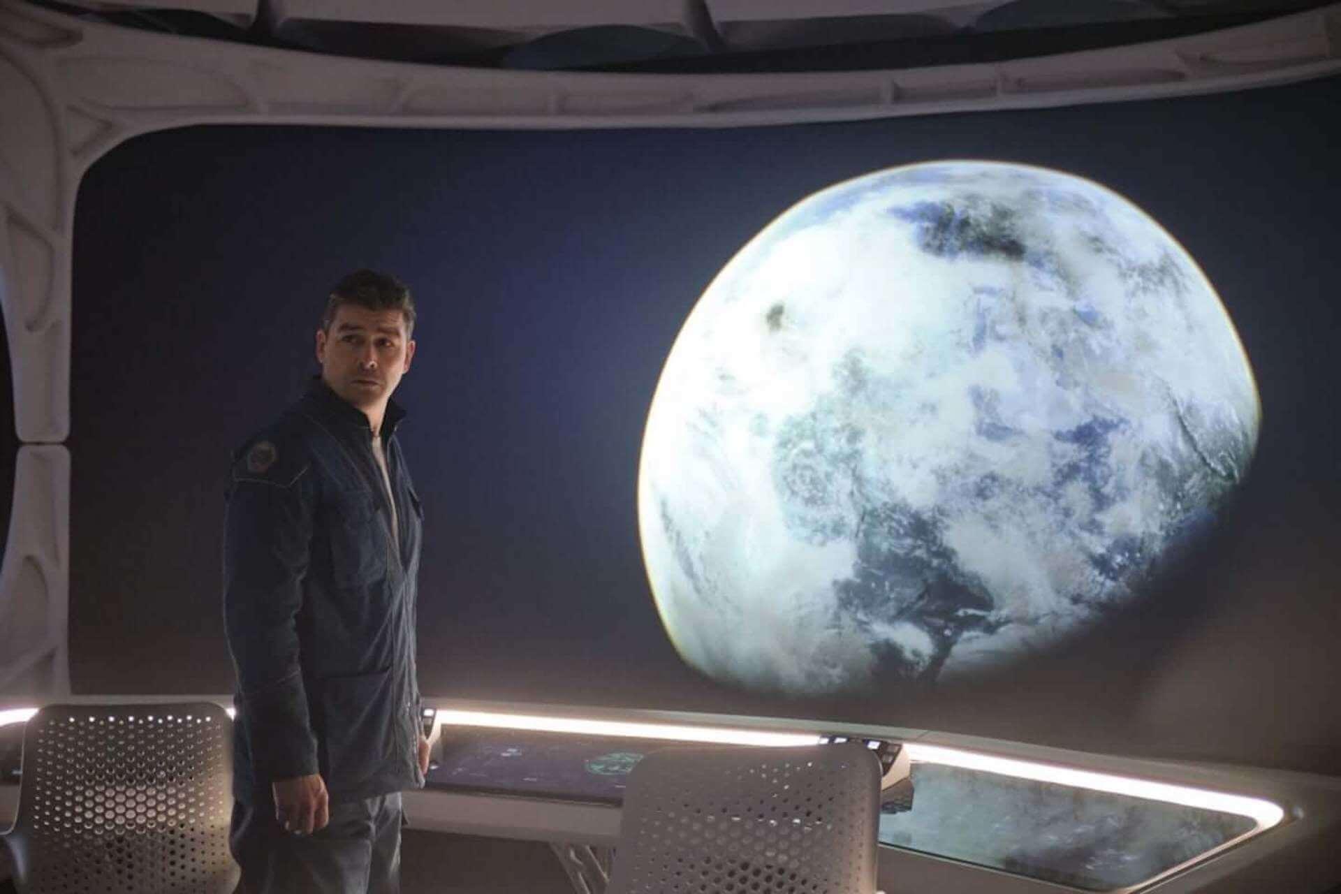 ジョージ・クルーニーが「危険な撮影だった」と語る氷上でのスタントとは…Netflix映画『ミッドナイト・スカイ』本編映像が解禁 film201221_midnightsky_5-1920x1280