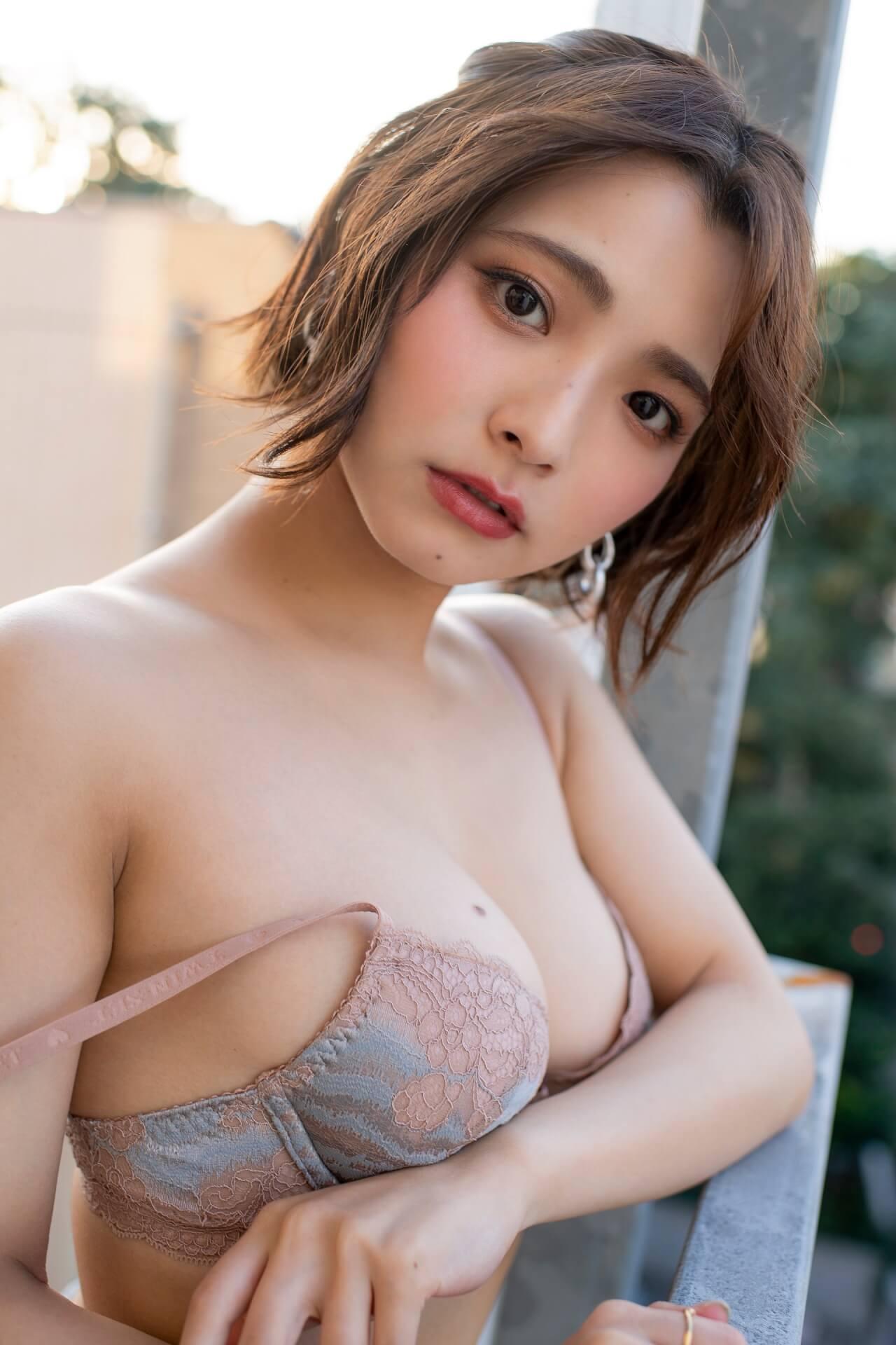 えなこ、似鳥沙也加、片岡沙耶、古川優奈ら豪華メンバーがセクシーすぎるグラビアで魅了!『GIRLS graph.』が本日発売 art201224_girlsgraph_4