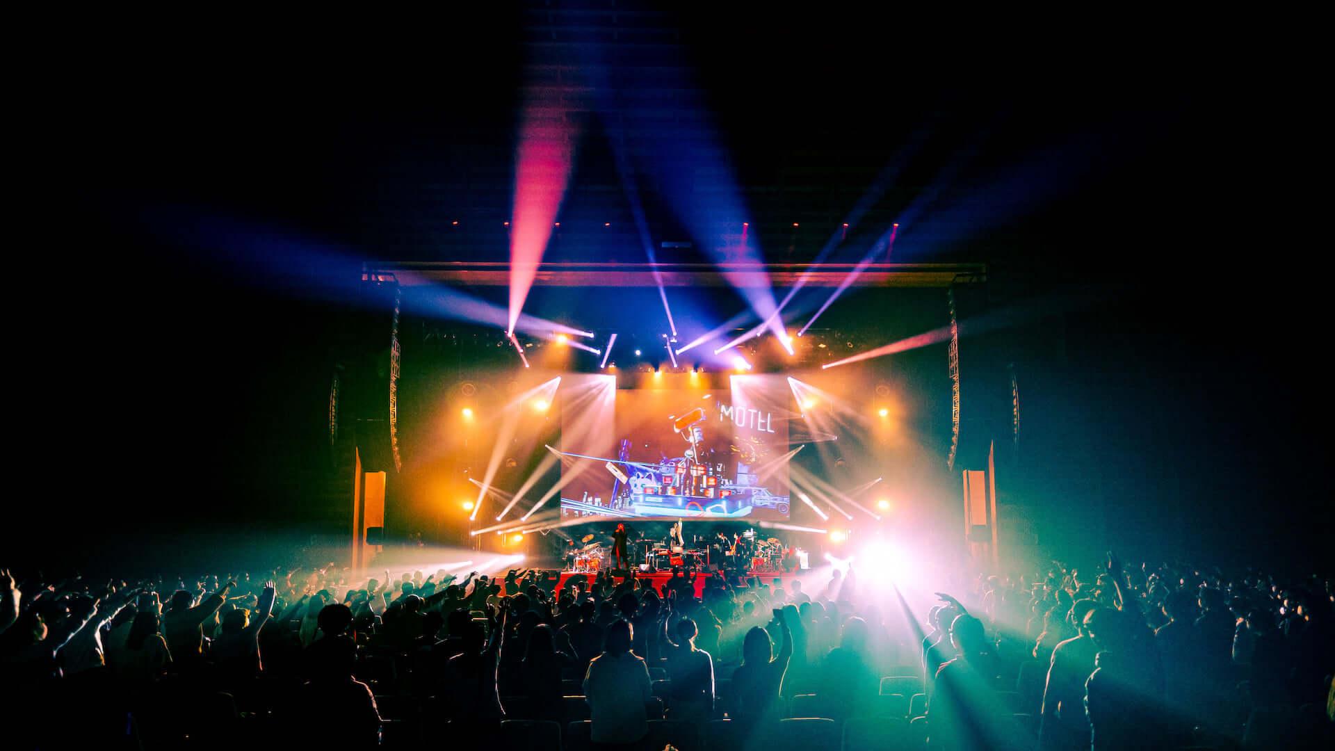 常田大希率いるmillennium paradeが今年最初で最後のワンマンライブを披露!ライブレポート&1stアルバムトラックリストが公開 music201224_millenniumparade_8-1920x1080