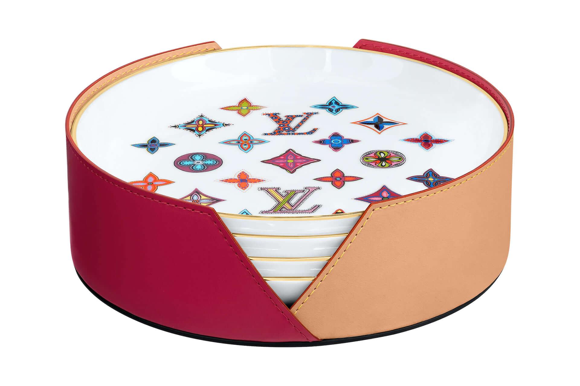 ルイ・ヴィトンの新作ギフトコレクションに陶器製のプレートセットが登場!ポップなミニカップセットも同時発売 lf201225_louisvuitton_1-1920x1280