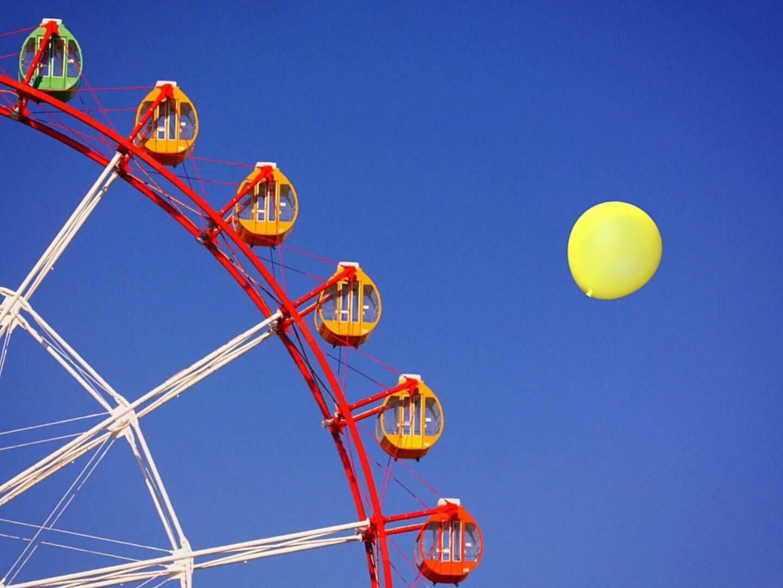 THE YELLOW MONKEYのユニークな最新ビデオ「Balloon Balloon」を手がけた新鋭作家HARUが描くカラフルなユーモア interviewharu_BalloonBalloon_1224_02-1440x1080