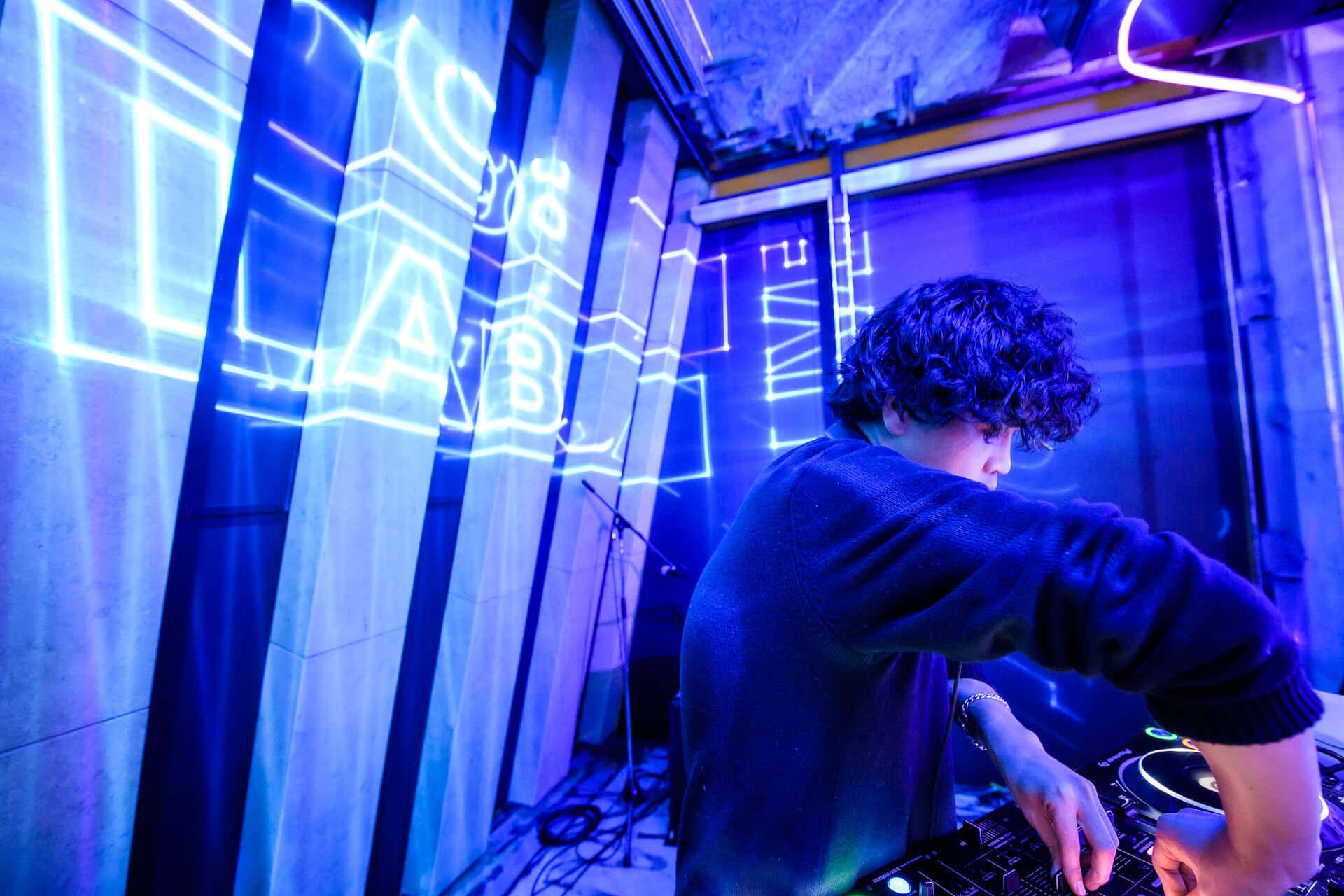エッジィなメディア「CO:LABS」によるクリエイティブコラボパーティー<CO:LABS LIVE>に潜入! music-colabslive-5714-1920x1280