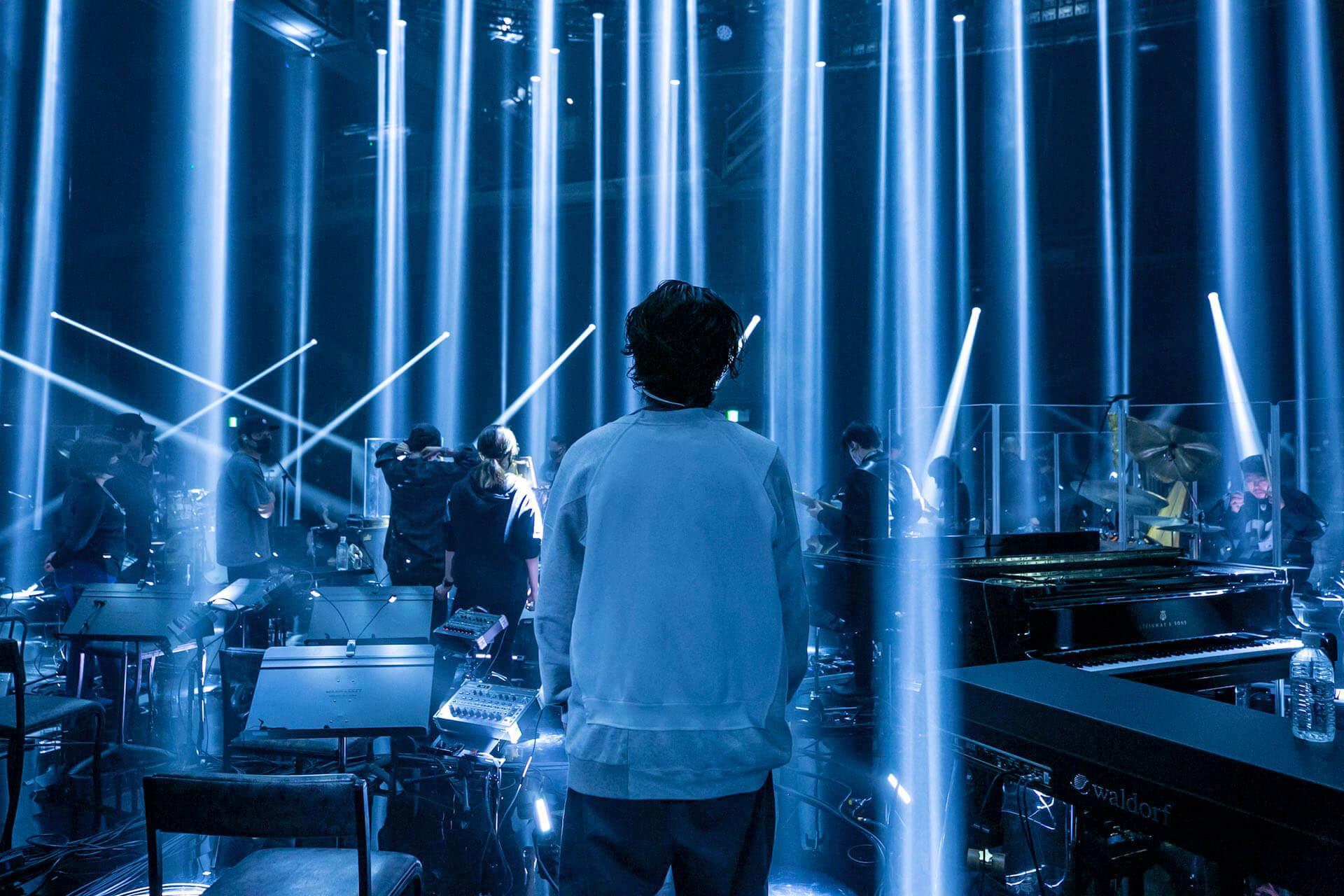 """常田大希率いるmillennium paradeが密着ドキュメンタリーで地上波初パフォーマンス披露!NHK『2030 未来への分岐点』のテーマ音楽""""2992""""も明日先行配信開始 music210107_millenniumparade_2"""