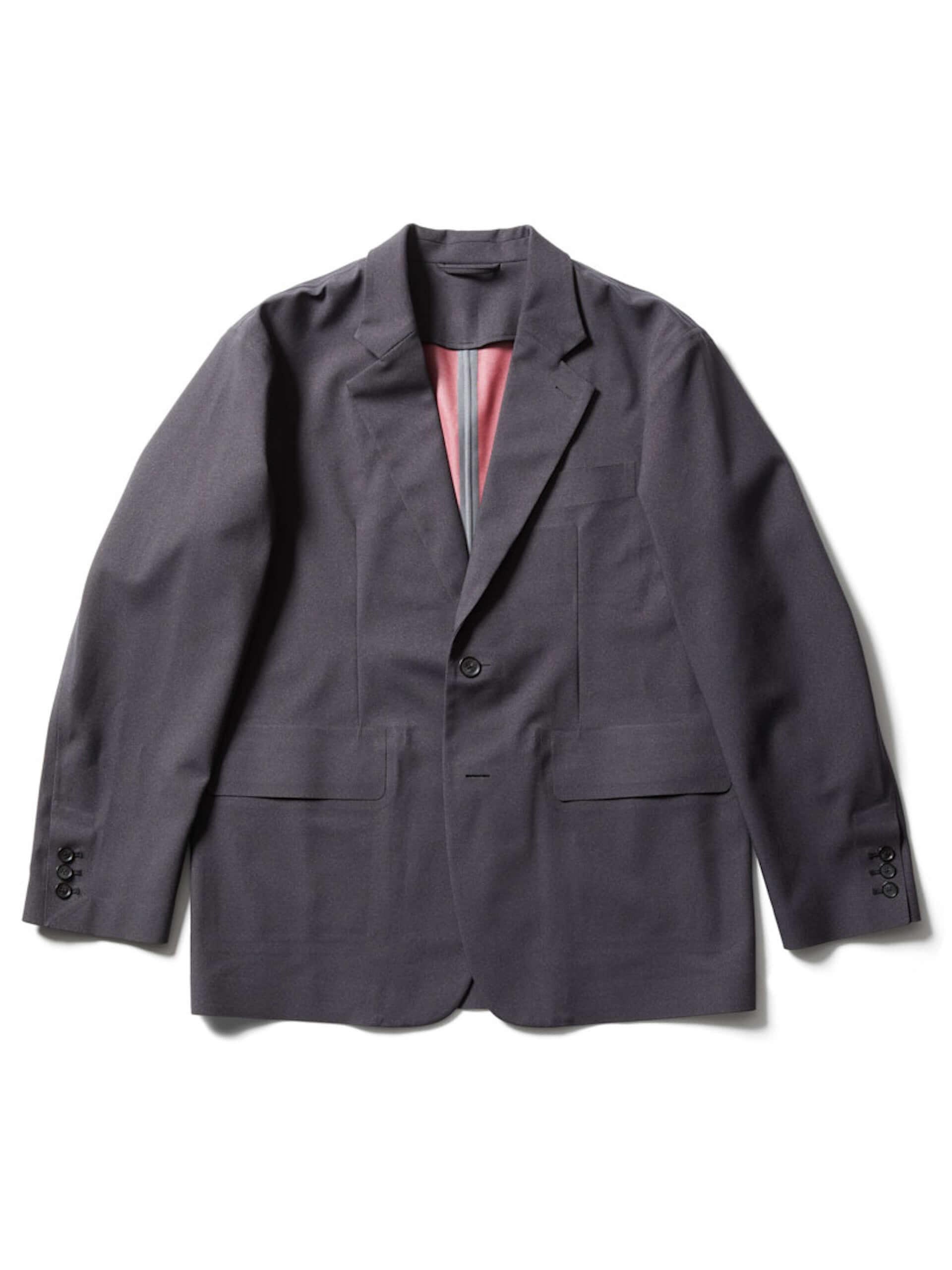 フィッシングにも最適!D-VECから防寒性に優れたジャケットやベスト、パーカーなど最新アイテムが登場 lf210107_d-vec_1-1920x2560