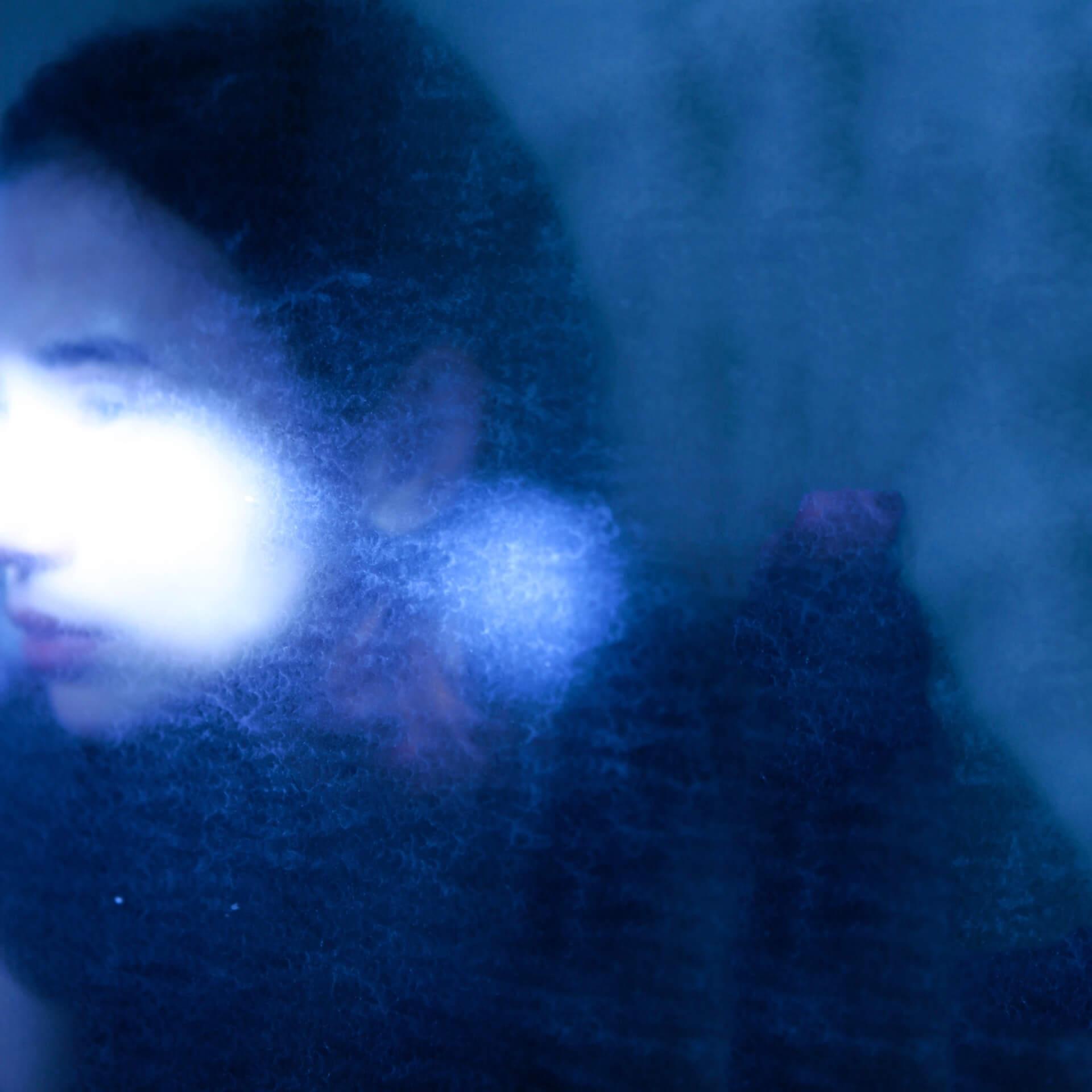 "Black Boboiのメンバー、Julia Shortreed初のアルバム『Violet Sun』が発売決定|先行曲""Wild Rose""がリリース&Tatsuya FujimotoによるMVも解禁 music210108_juliashortreed_1"