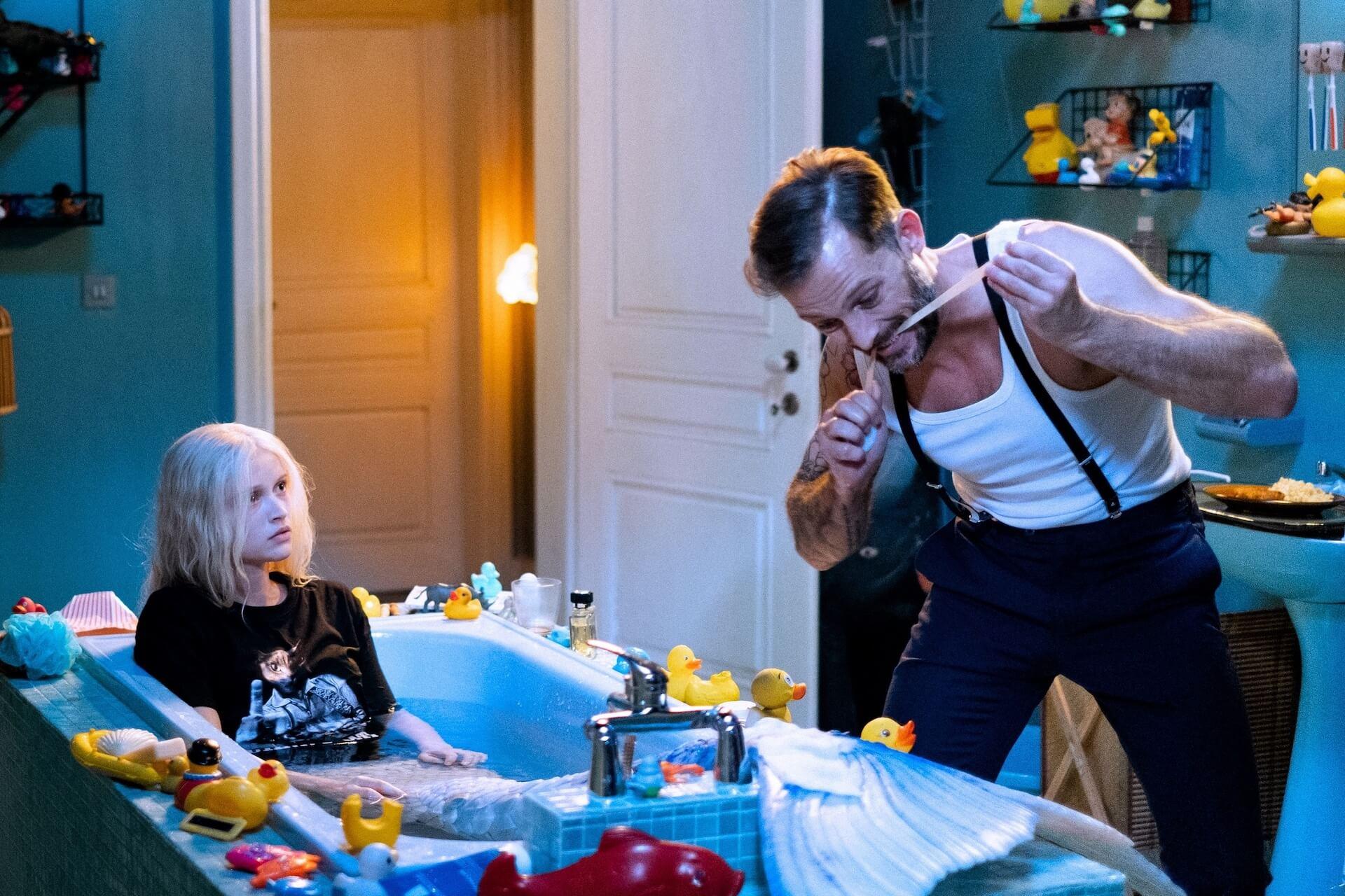 「私の歌を聞いた男は、恋に落ちて心臓が破裂する」パリを舞台に人魚のラブストーリーを描いた映画『マーメイド・イン・パリ』が2月公開 本編映像が解禁 film210113-mermaidinparis-1