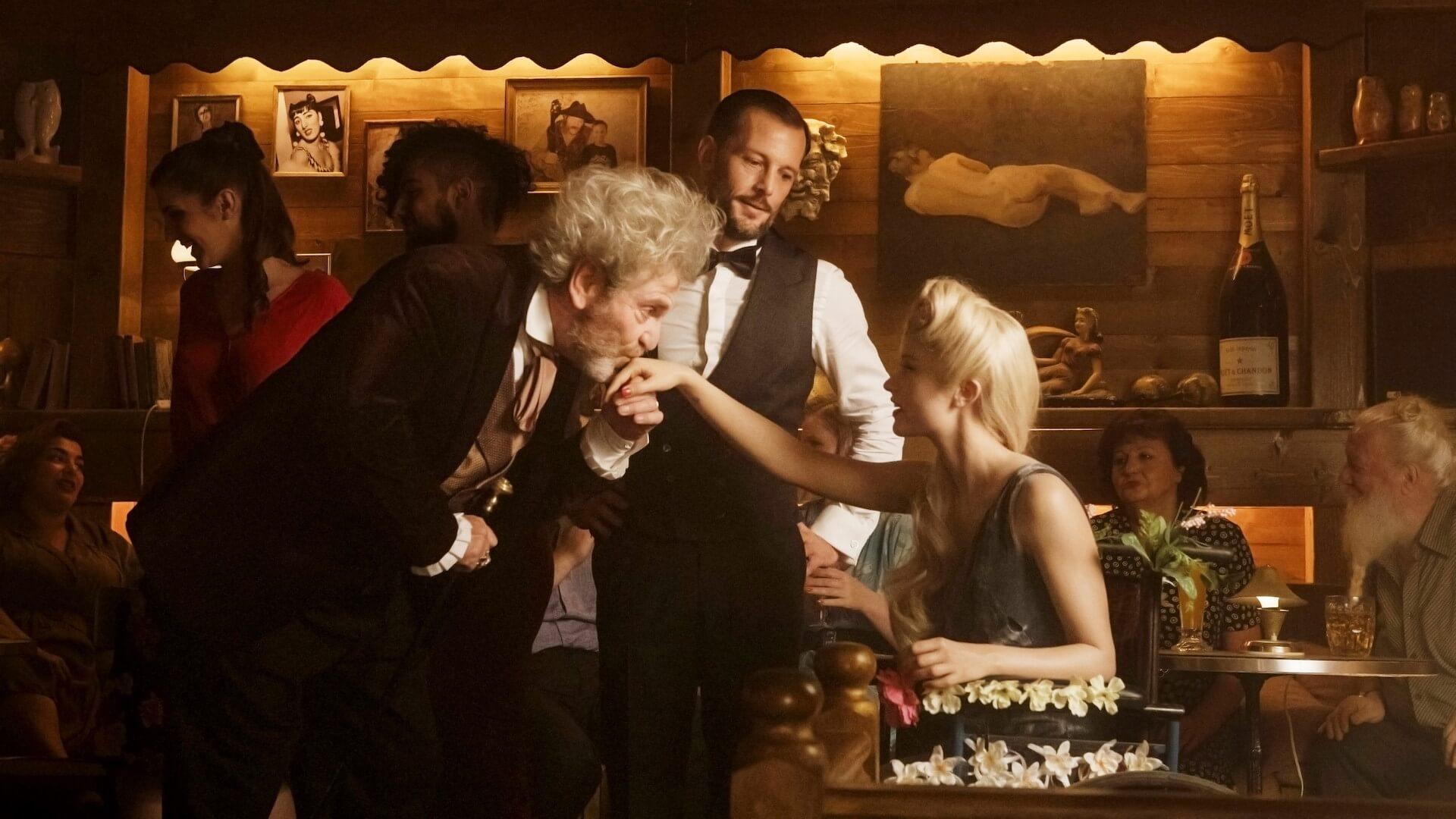 「私の歌を聞いた男は、恋に落ちて心臓が破裂する」パリを舞台に人魚のラブストーリーを描いた映画『マーメイド・イン・パリ』が2月公開 本編映像が解禁 film210113-mermaidinparis-5