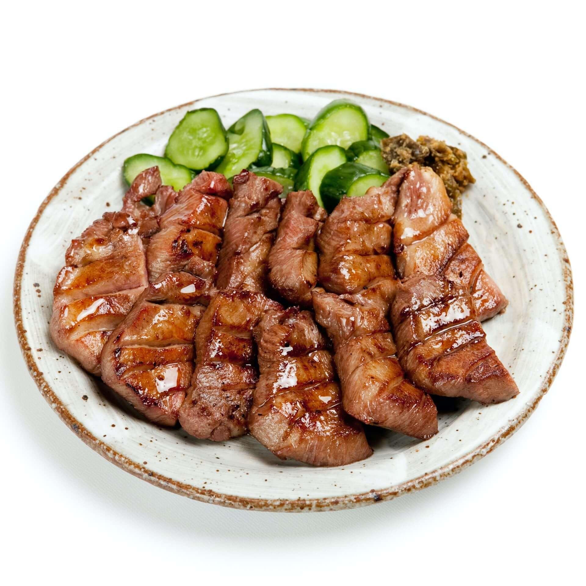 「味の牛たん喜助」の職人が仕込むジューシーな牛たんから期間限定の『たれ味』が登場!『しお味』との食べ比べセットも発売決定 gourmet210120_kisuke_8-1920x1920