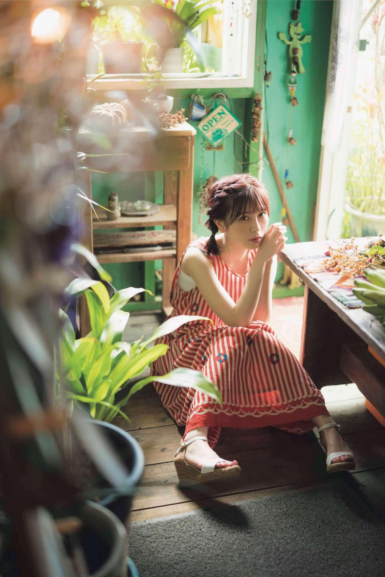初のランジェリーカットも披露するまねきケチャ・宮内凛の1st写真集が発売決定!透き通ったセクシーボディを披露 art210201_miyauchirin_5