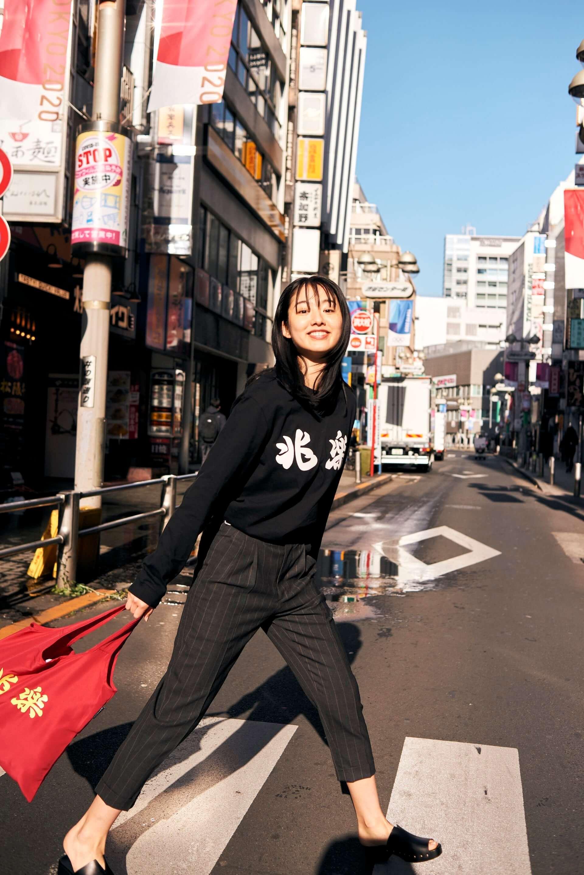 渋谷の街中華・兆楽とJOURNAL STANDARDがコラボ!Tシャツやキャップ、エコバッグが受注販売開始 lf210205_choraku-journalstandard_8-1920x2877