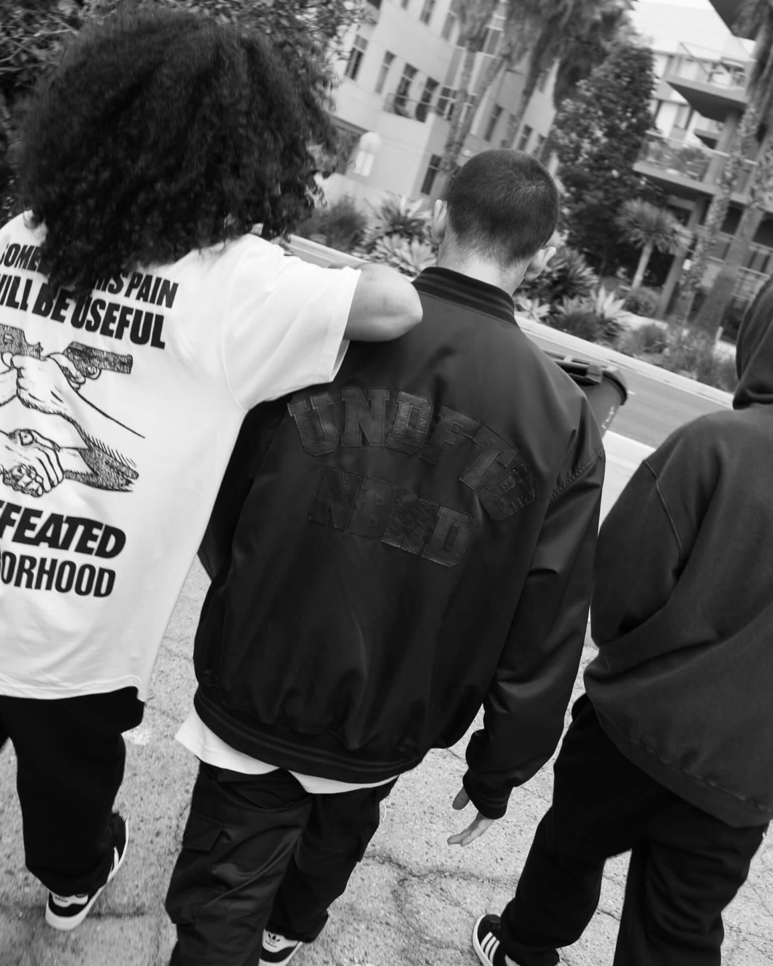 NEIGHBORHOODとUNDEFEATEDのコラボコレクションが今週リリース!社会問題をテーマにしたストリートウェアがラインナップ life210216_neighborhood_undefeted_5