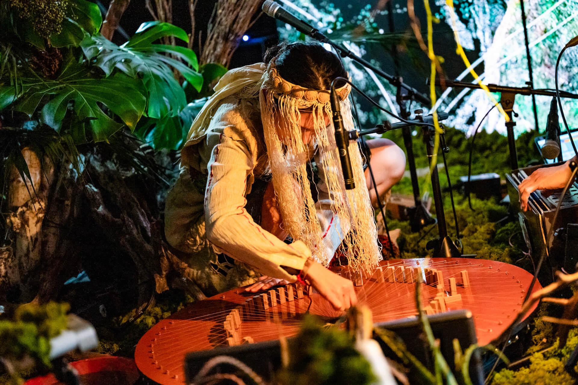 YAKUSHIMA TREASUREの死生観とポストコロナの表現 屋久島の原生林でのライヴ作品『ANOTHER LIVE』に迫る music210219_yakushimatreasure_30