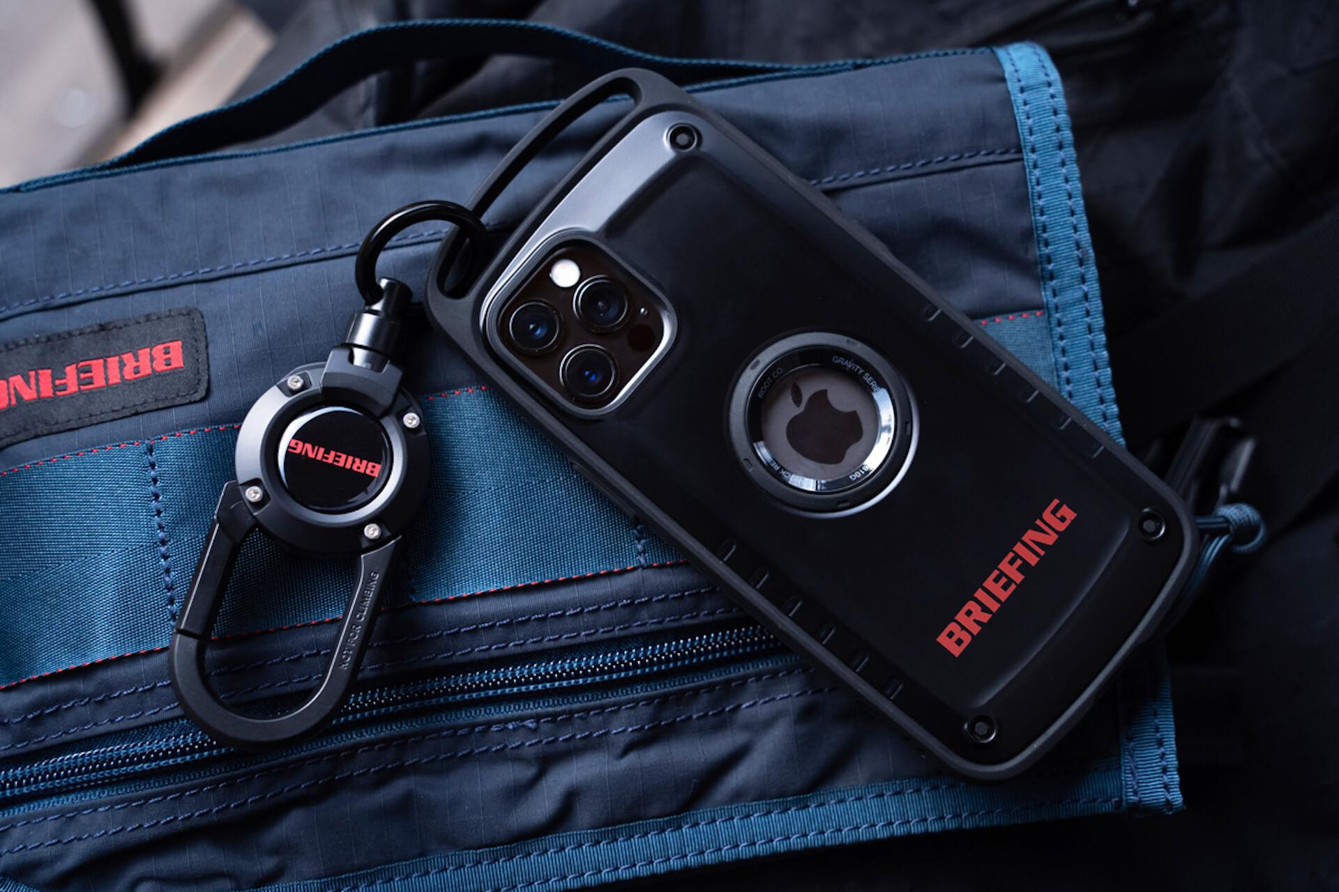 ROOTとBRIEFINGがコラボ!耐性試験に準拠したiPhone 12シリーズ用スマホケース&カラビナ付きキーホルダーが誕生 tech210219_root_briefing_5