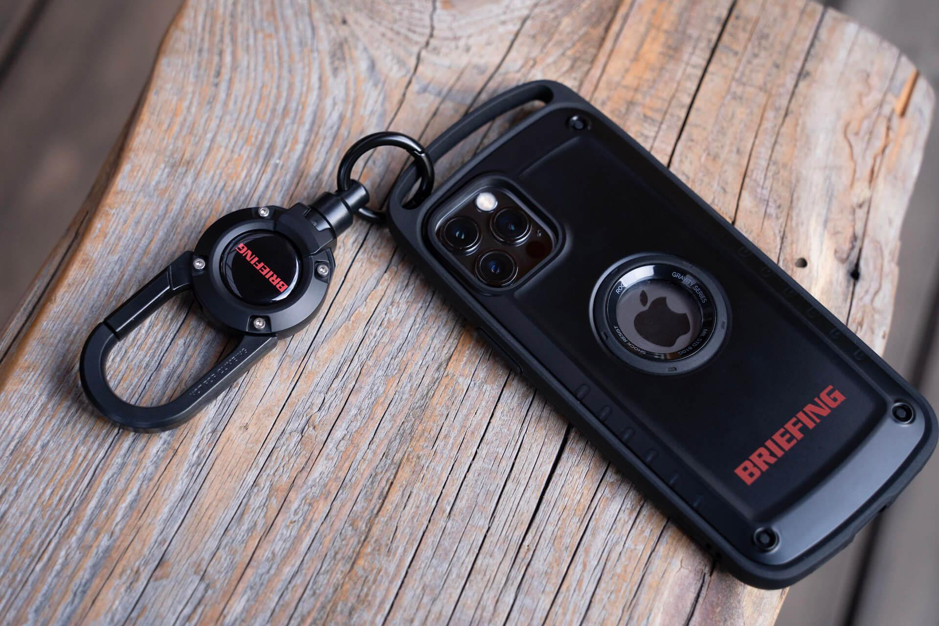 ROOTとBRIEFINGがコラボ!耐性試験に準拠したiPhone 12シリーズ用スマホケース&カラビナ付きキーホルダーが誕生 tech210219_root_briefing_8
