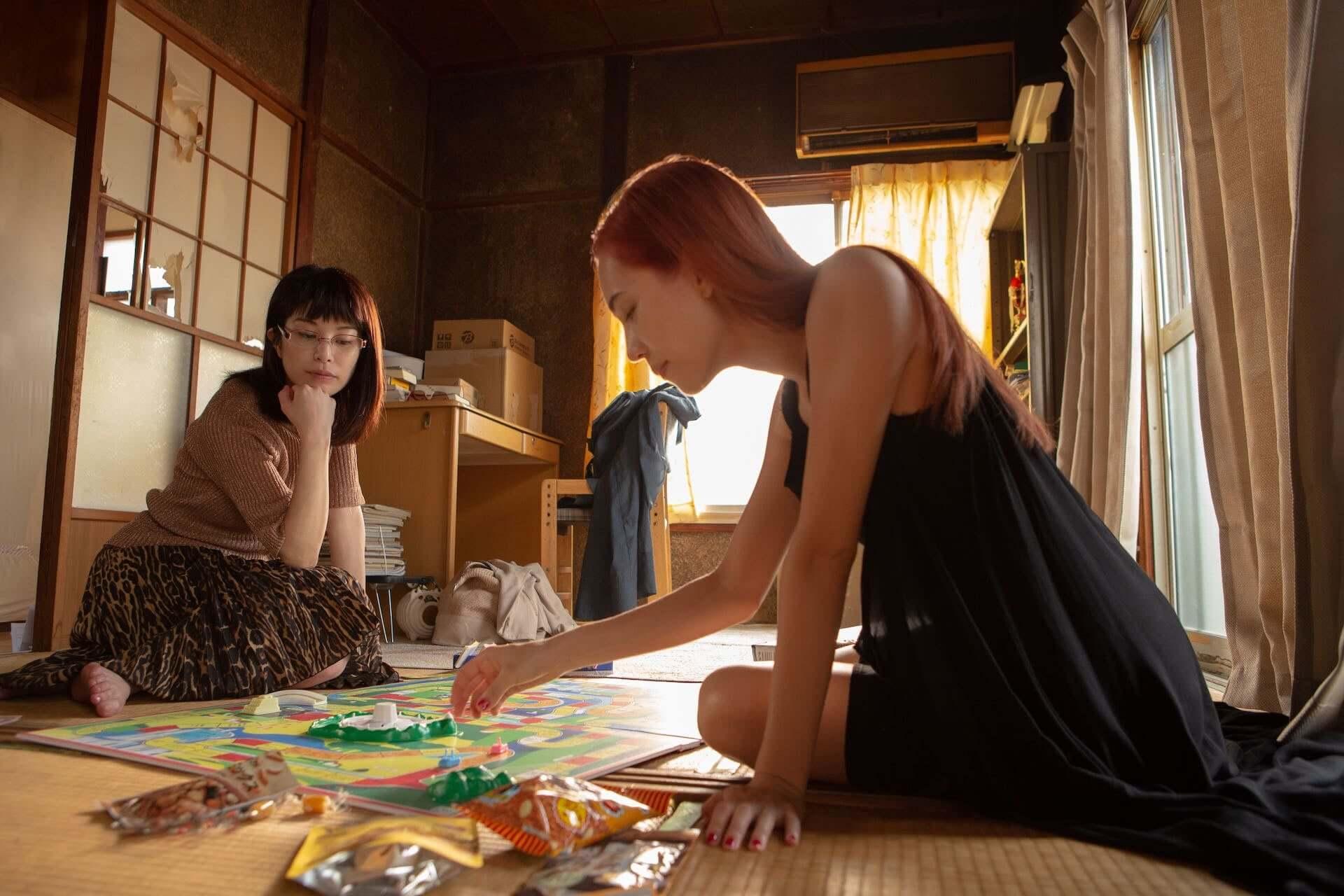 水原希子とさとうほなみ演じる2人の愛の行方とは…Netflix映画『彼女』のティーザー予告編&場面写真が解禁 film210224_netflix-kanojo_5-1920x1280