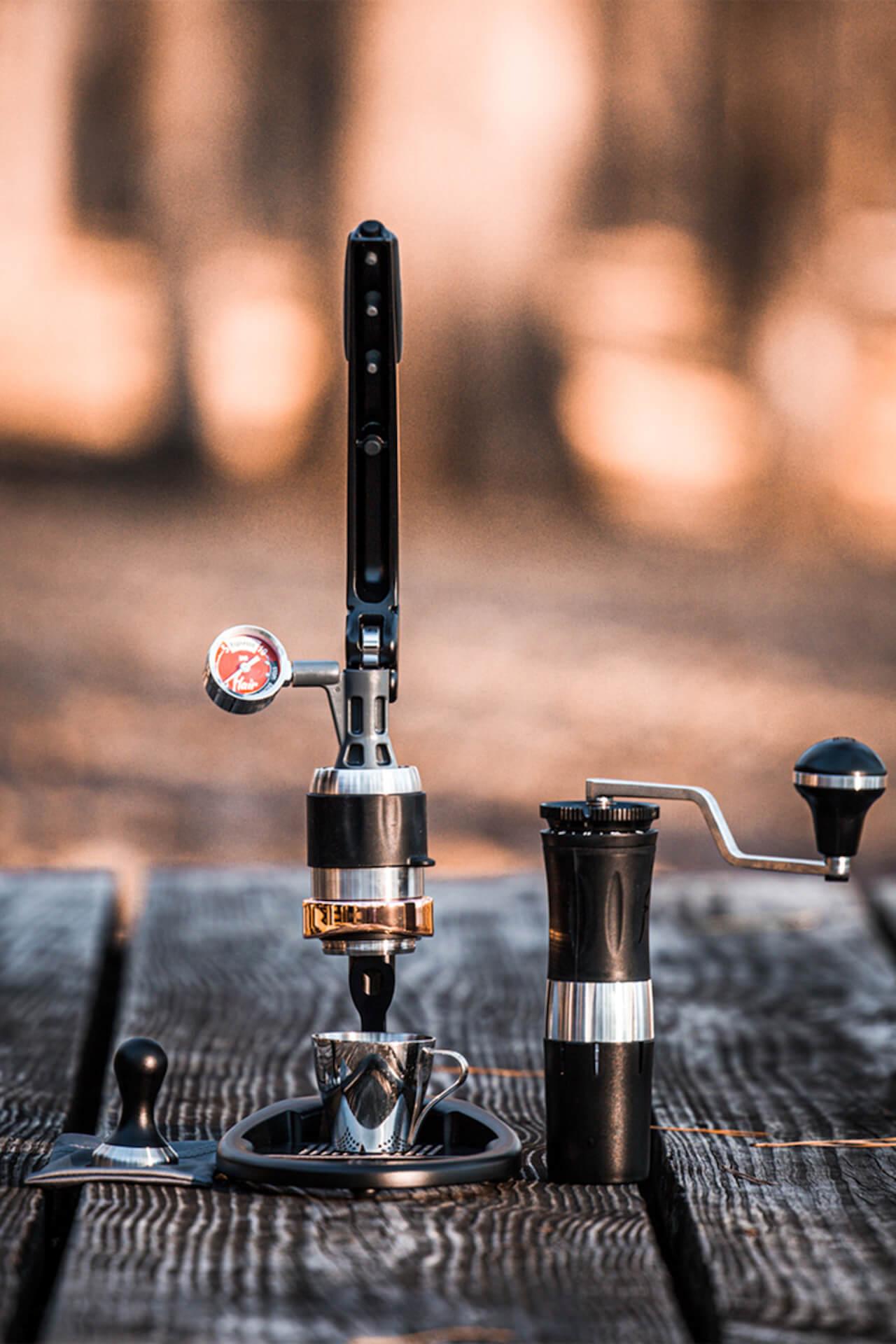 【2021年・コーヒーギア特集】アウトドア&自宅で極上のコーヒータイムを!機能的ギア&厳選コーヒー豆特集 gourmet210303_jeep_coffee_1_2