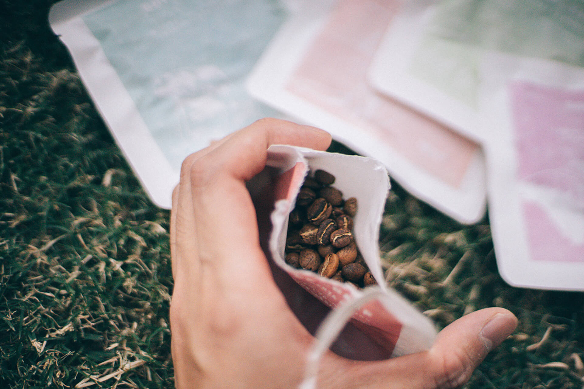 【2021年・コーヒーギア特集】アウトドア&自宅で極上のコーヒータイムを!機能的ギア&厳選コーヒー豆特集 gourmet210303_jeep_coffee_14_2