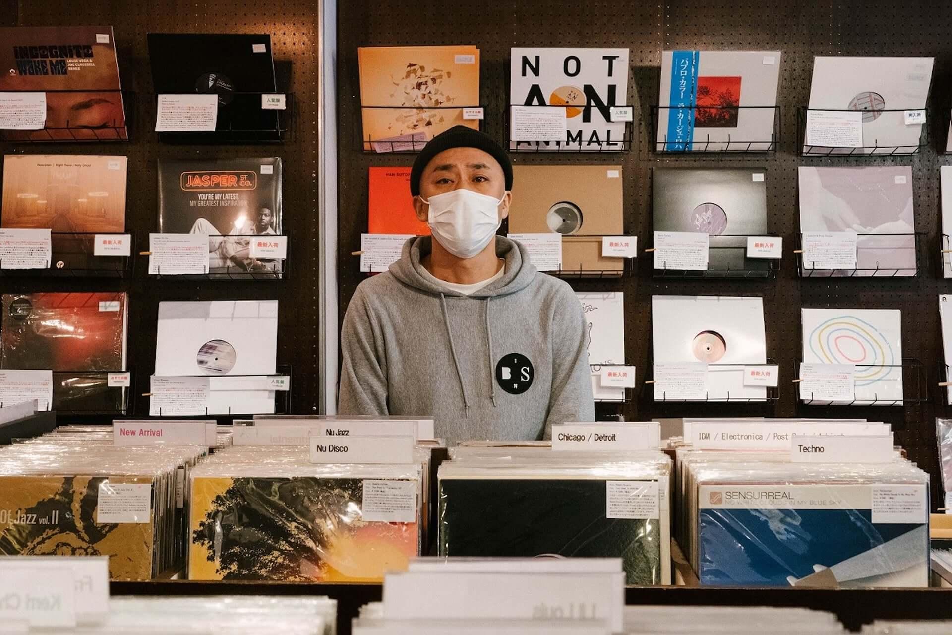 日本のアンダーグラウンド音楽シーンに迫る長編映像シリーズ『In:Depth』が始動!渋谷Lighthouse Records、幡ヶ谷Forestlimitなどが登場 music210304_indepth_4-1920x1280