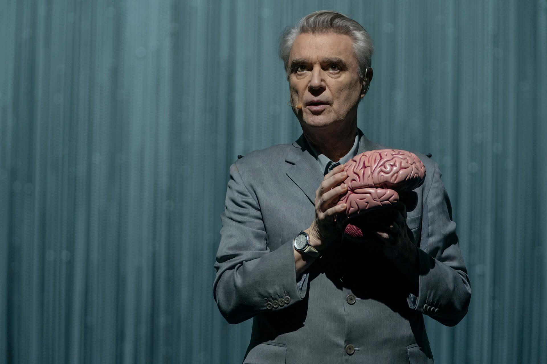 元Talking Heads・David Byrneとスパイク・リー監督のコラボ映画『アメリカン・ユートピア』が日本公開決定!字幕監修はピーター・バラカン film210310_americanutopia_5-1920x1280