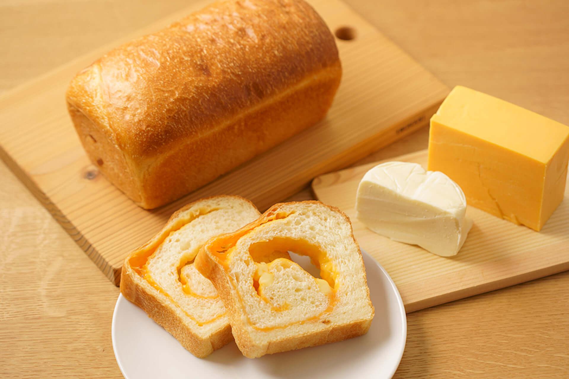 """""""チーズ""""をテーマにした日本初の食パン専門店「焼き立てチーズ食パン専門店ふろまーじゅ」が千葉にオープン決定! gourmet210311_fromage-shokupan_5-1920x1281"""