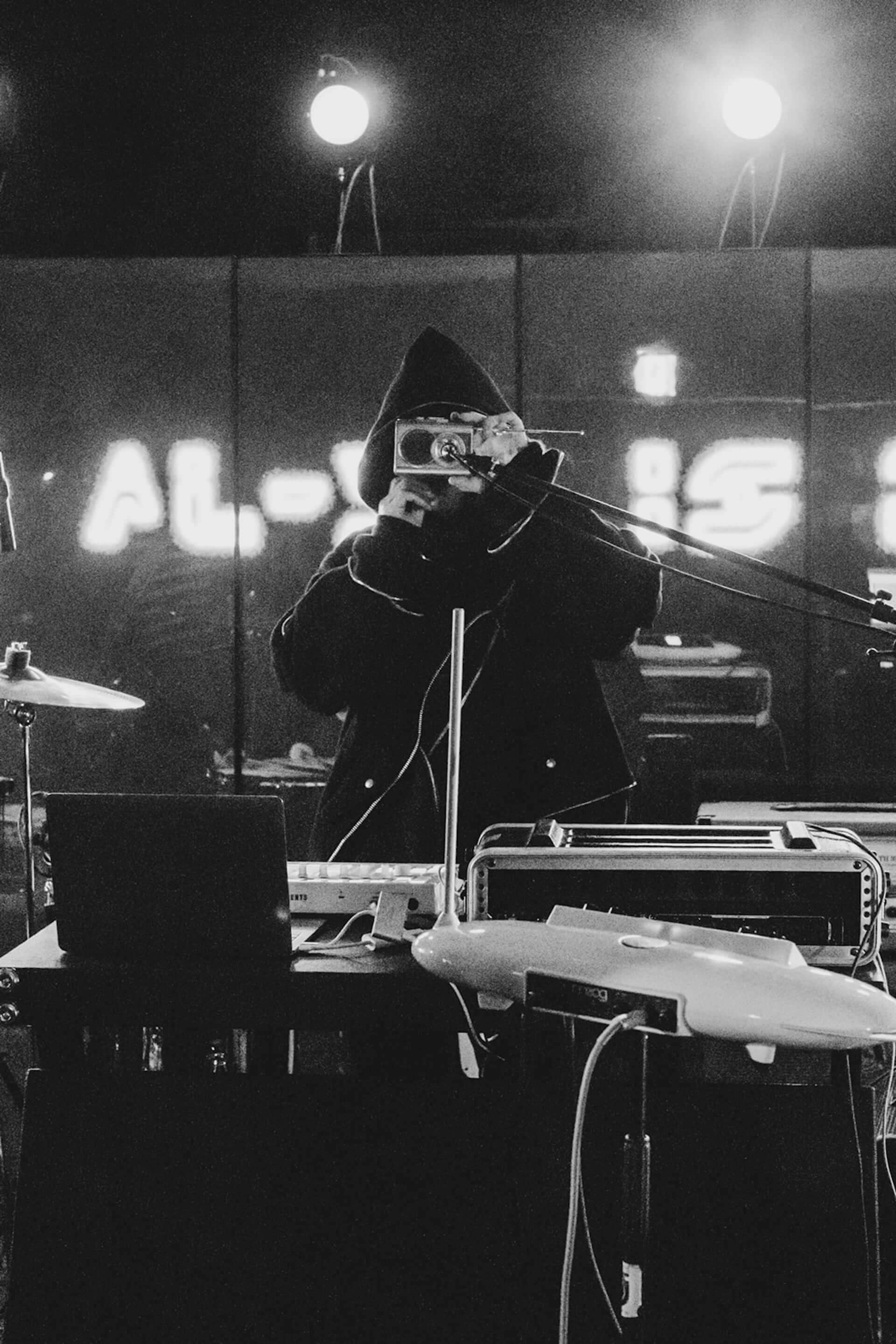 THE ALEXX・Eiji Sugiuraが初のソロアルバム『doe(s)』を発売決定!アートワーク担当はTakahiro Miyashita music210312_eiji-sugiura_1-1920x2878