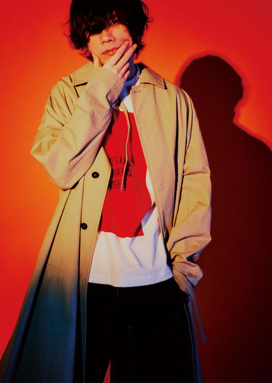 米津玄師が『HIGHSNOBIETY JAPAN』ISSUE06のカバーに登場!16ページに及ぶ大特集を掲載 music210329_yonezukenshi_1-1920x2709