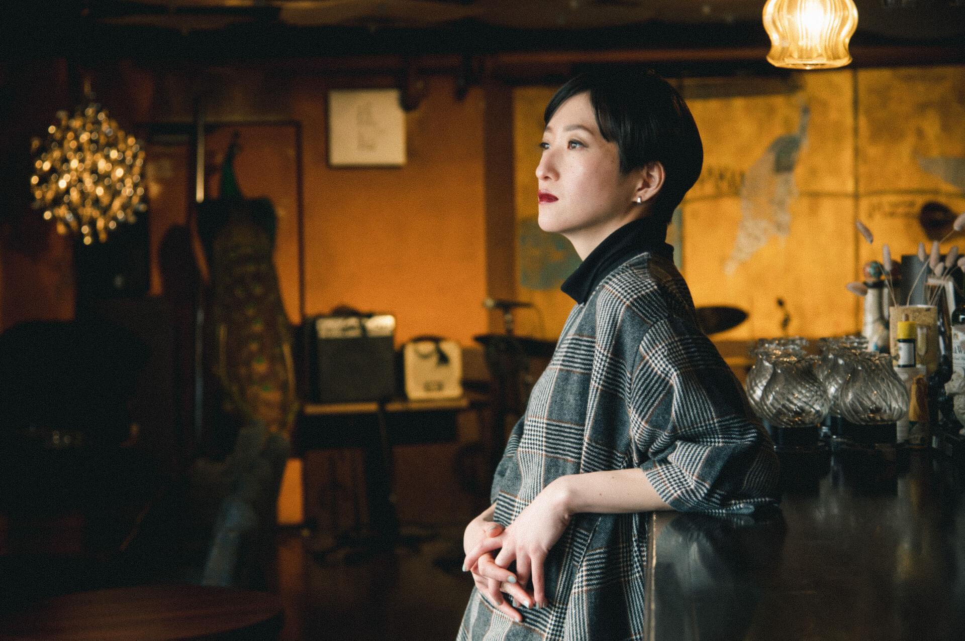 「流されず、変わり続ける」日食なつこが掲げる旗|音楽のすゝめ interview210310_nisshoku-natsuko-02